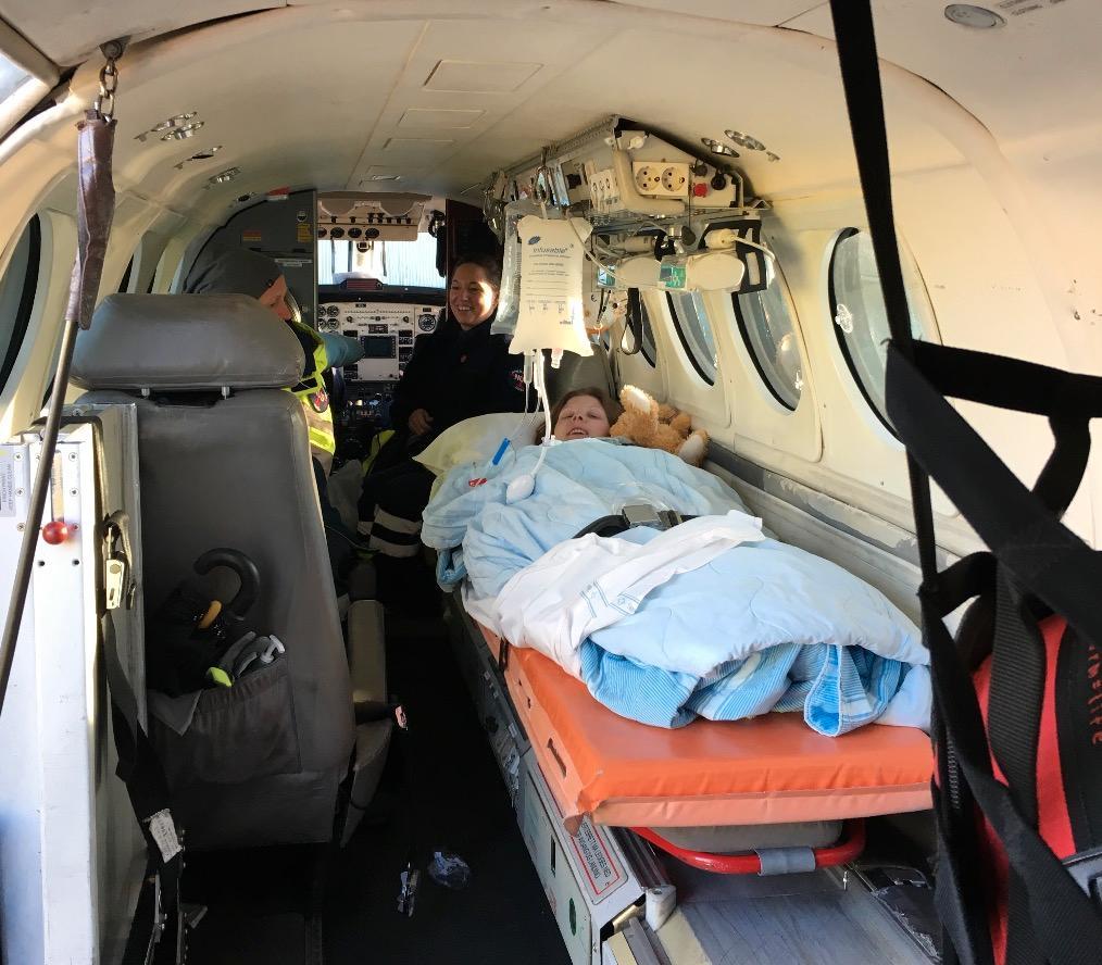 Väl på plats i ambulansen konstaterades att Emilie drabbats av hjärtstopp.