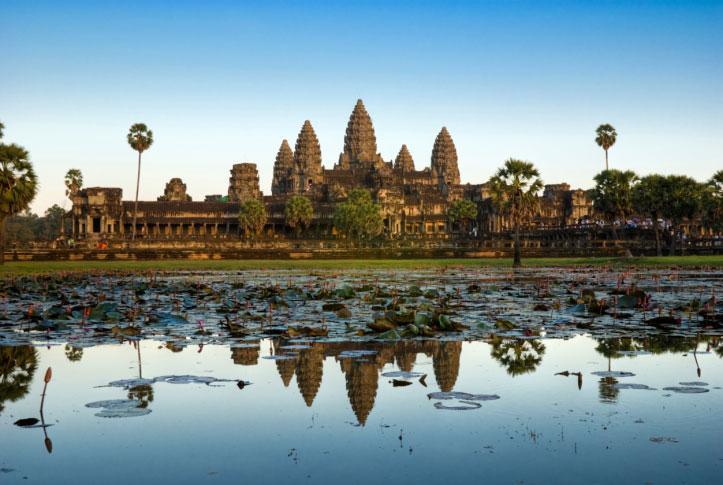 De amerikanska systrarna greps i tempelstaden Angkor Wat.