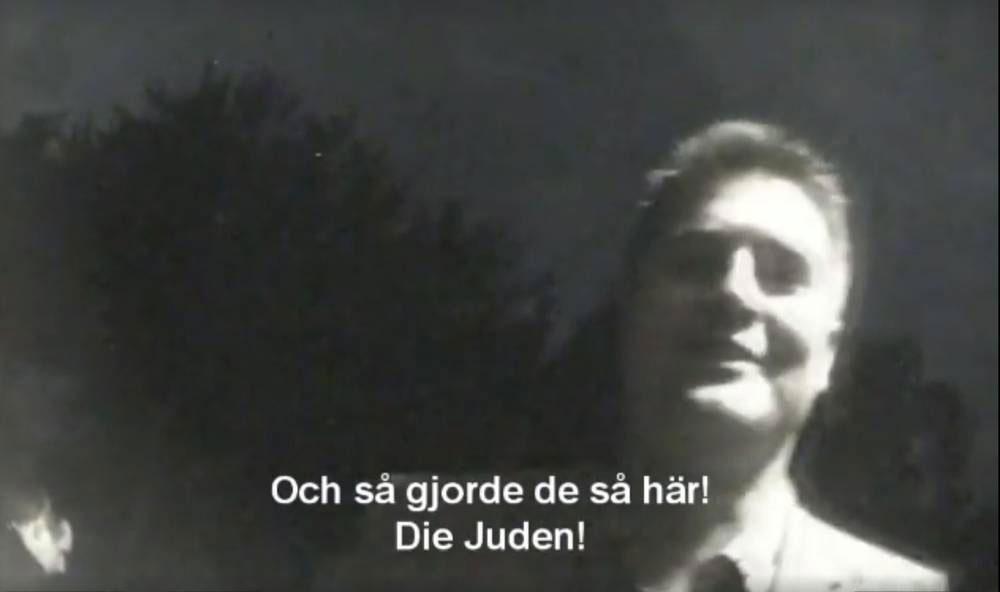 """Bloggen """"Inte rasist men..."""" publicerade en läckt film där SD:s ekonomisk-politiske talesperson Oscar Sjöstedt skämtade om sina nazistvänner som sparkade på döda får och kallade kropparna """"Die Juden""""."""