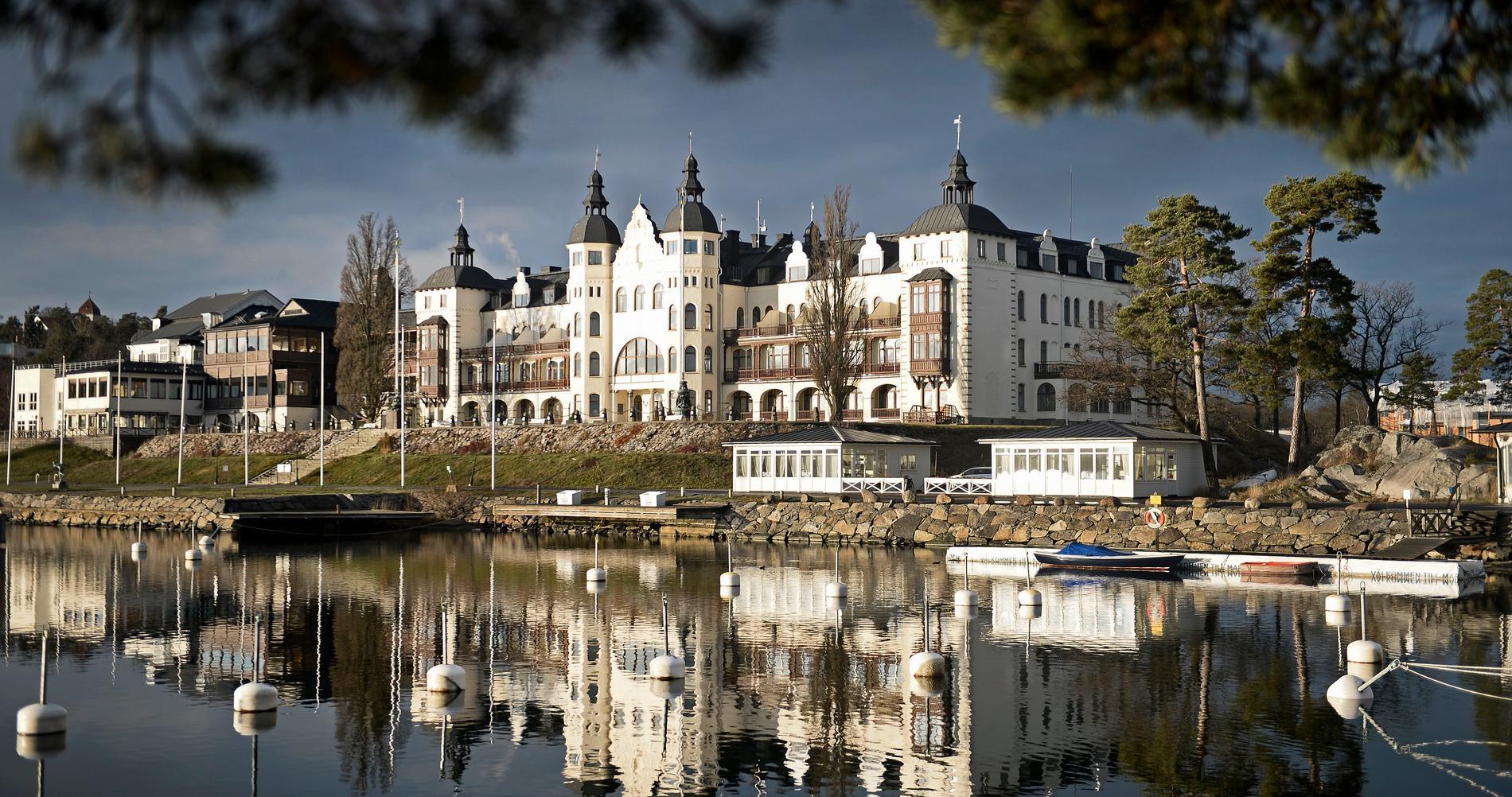 Grand Hotel Saltsjöbaden i Nacka - en kommun som inte välkomnar flyktingar.