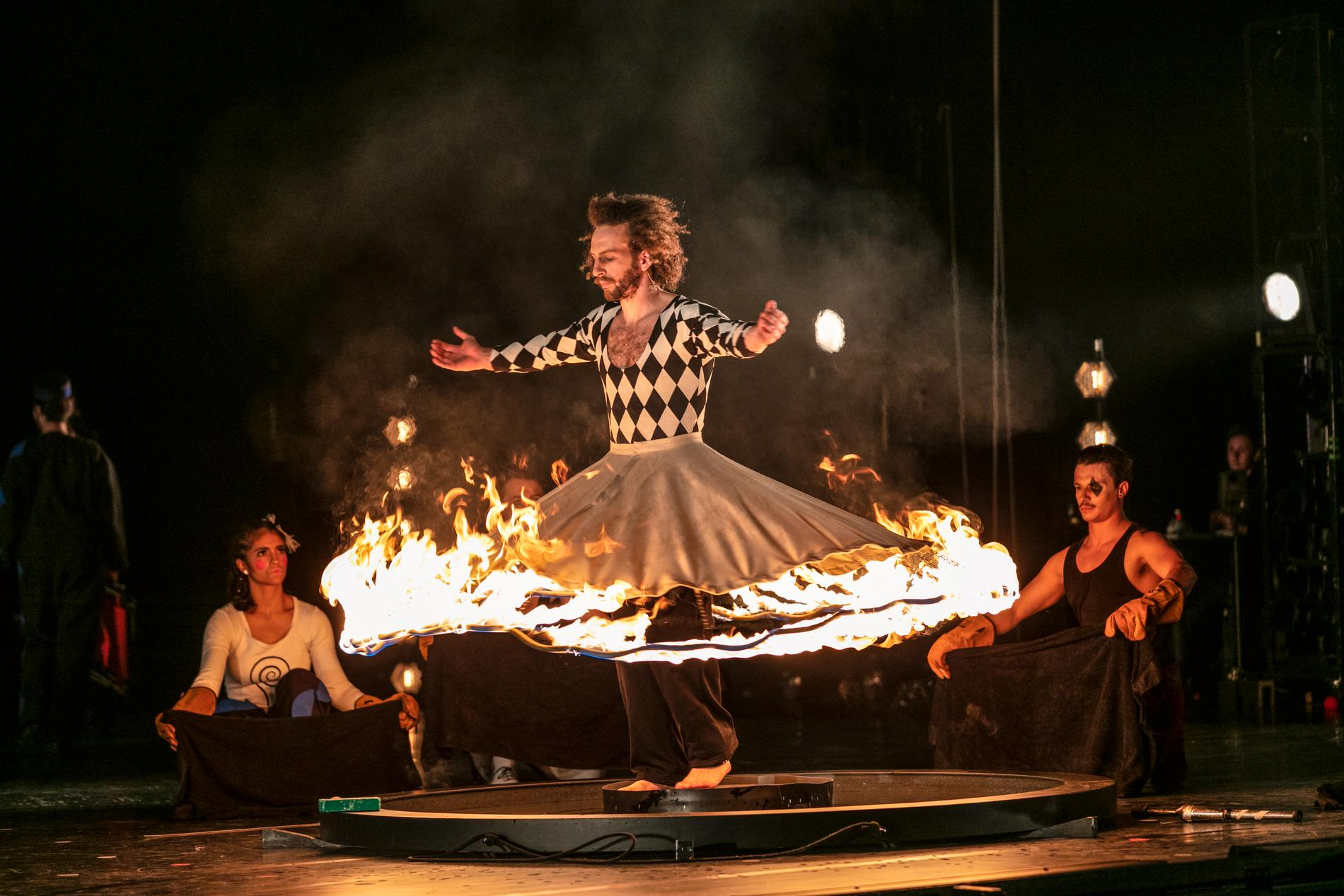 "Nikolas Pulka som Mogador i Philip Glass ""Circus days and nights"" på Malmö Opera."