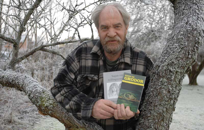 """författare Gerth Bragnå startade ett eget förlag för att ge ut Boken om grodor. """"Ämnet var ju något för smalt"""", säger han."""