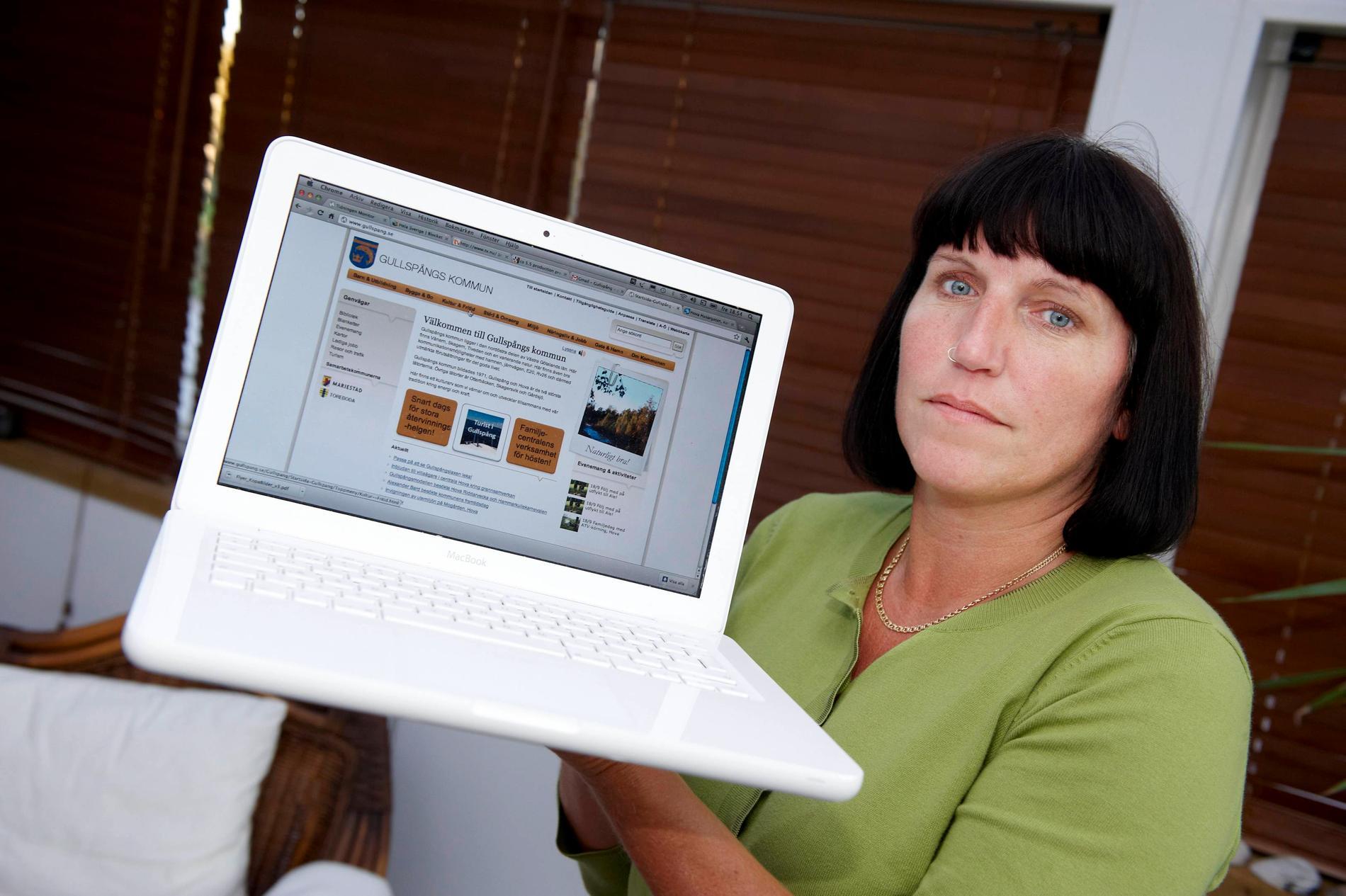 Läraren Maria Smedberg är förtvivlad över bristen på internet i skolan.