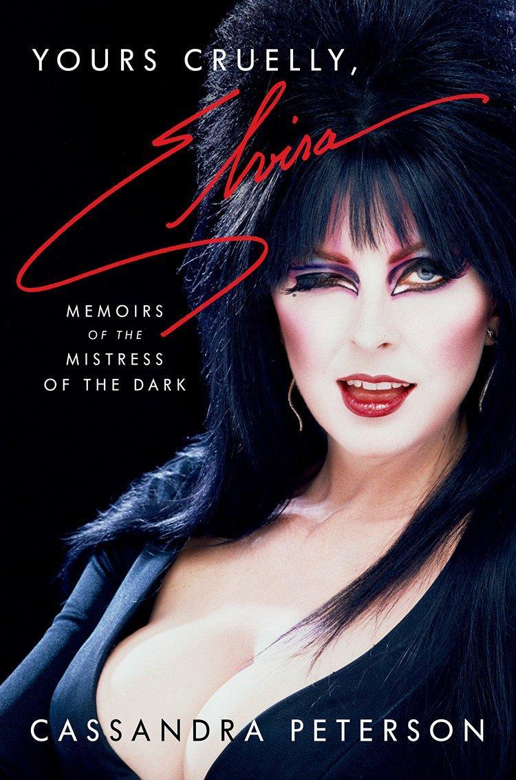 """Cassandra Peterson släpper självbiografin """"Yours cruelly, Elvira"""""""