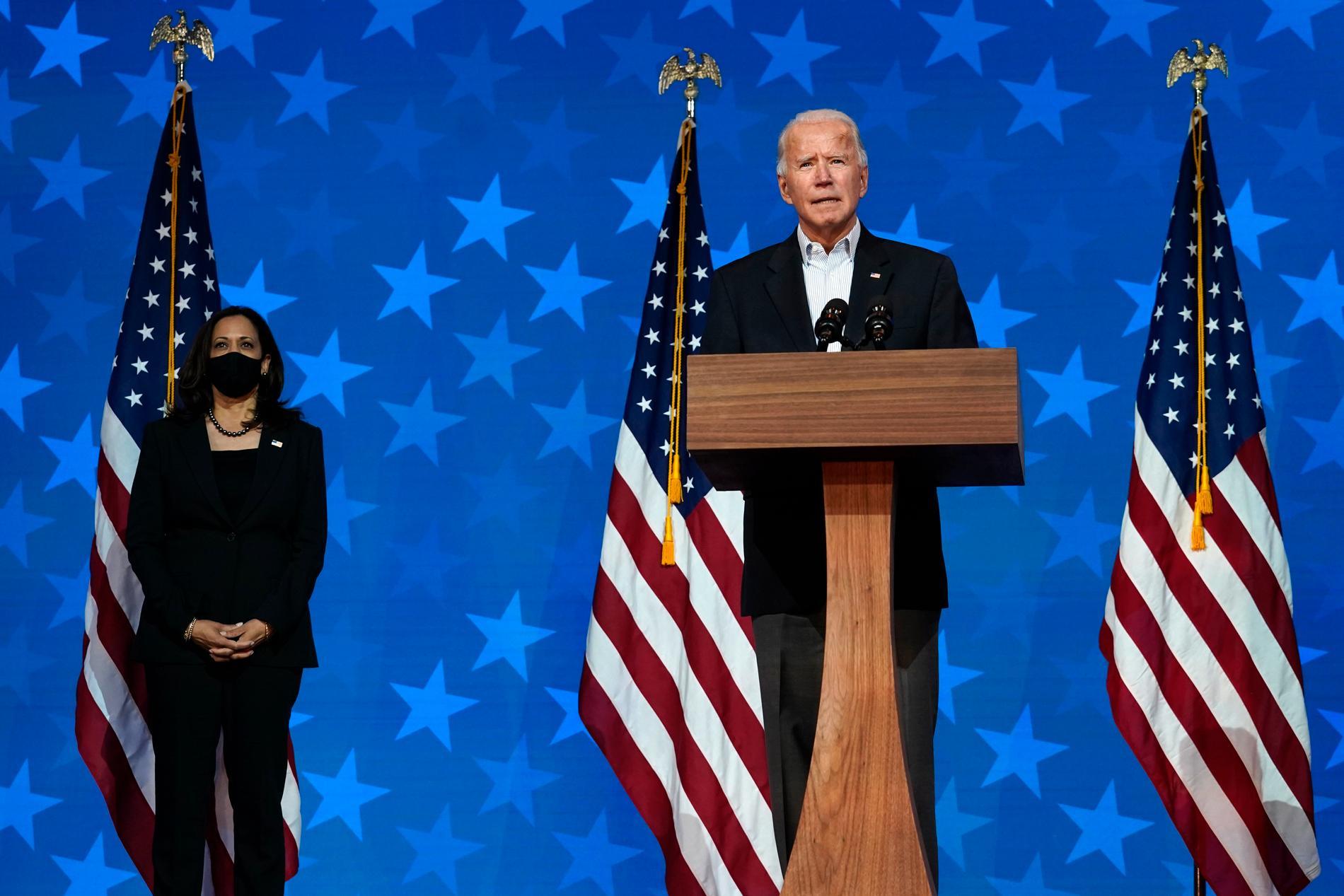 Tidigare vice presidenten Joe Biden leder nu när rösterna räknas i valet 2020.