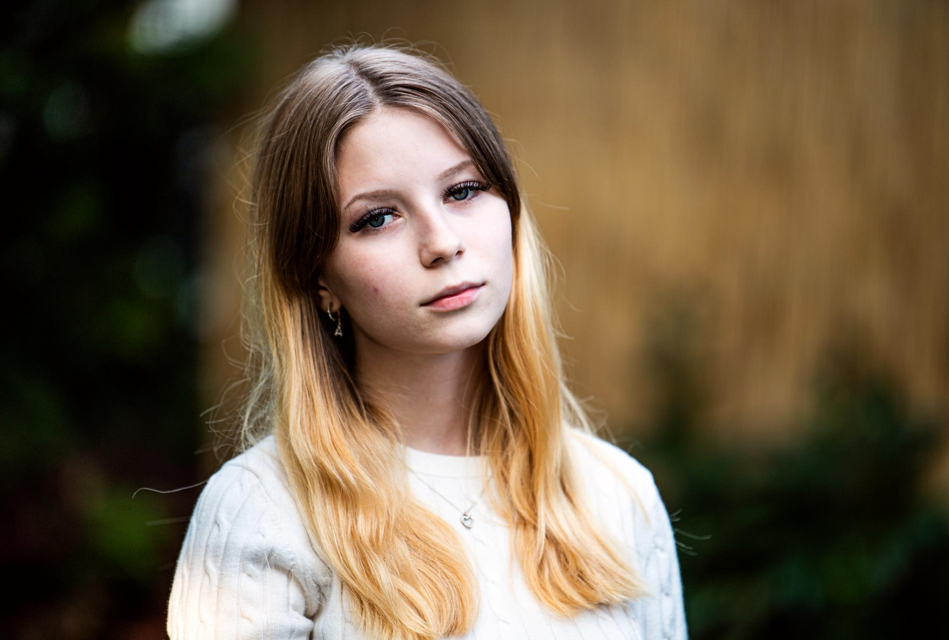 Lilly har gjort en låt om sin kompis, Adriana, som blev skjuten till döds för en månad sen.