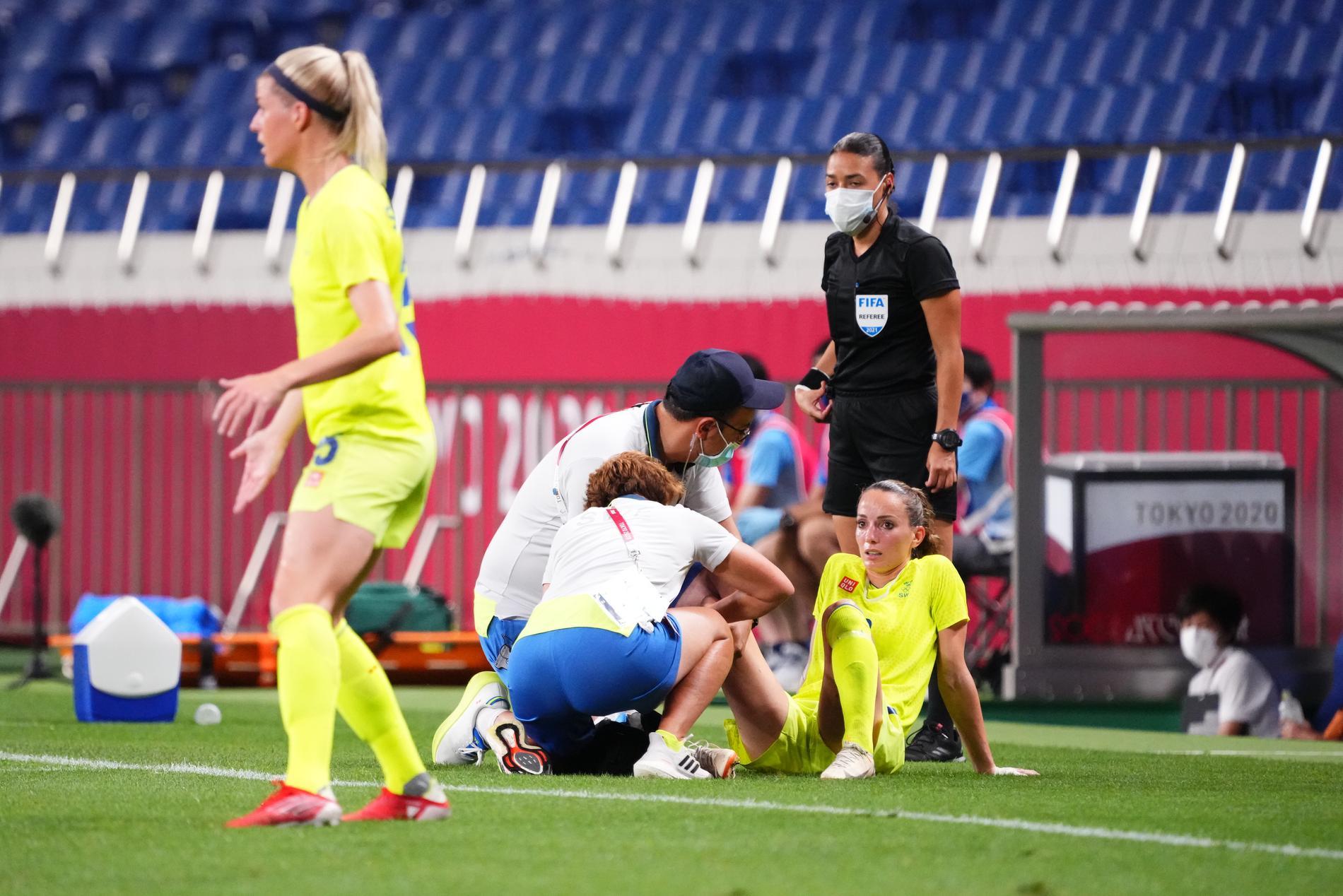 Kosovare Asllani fick kliva av i matchen mot Japan.