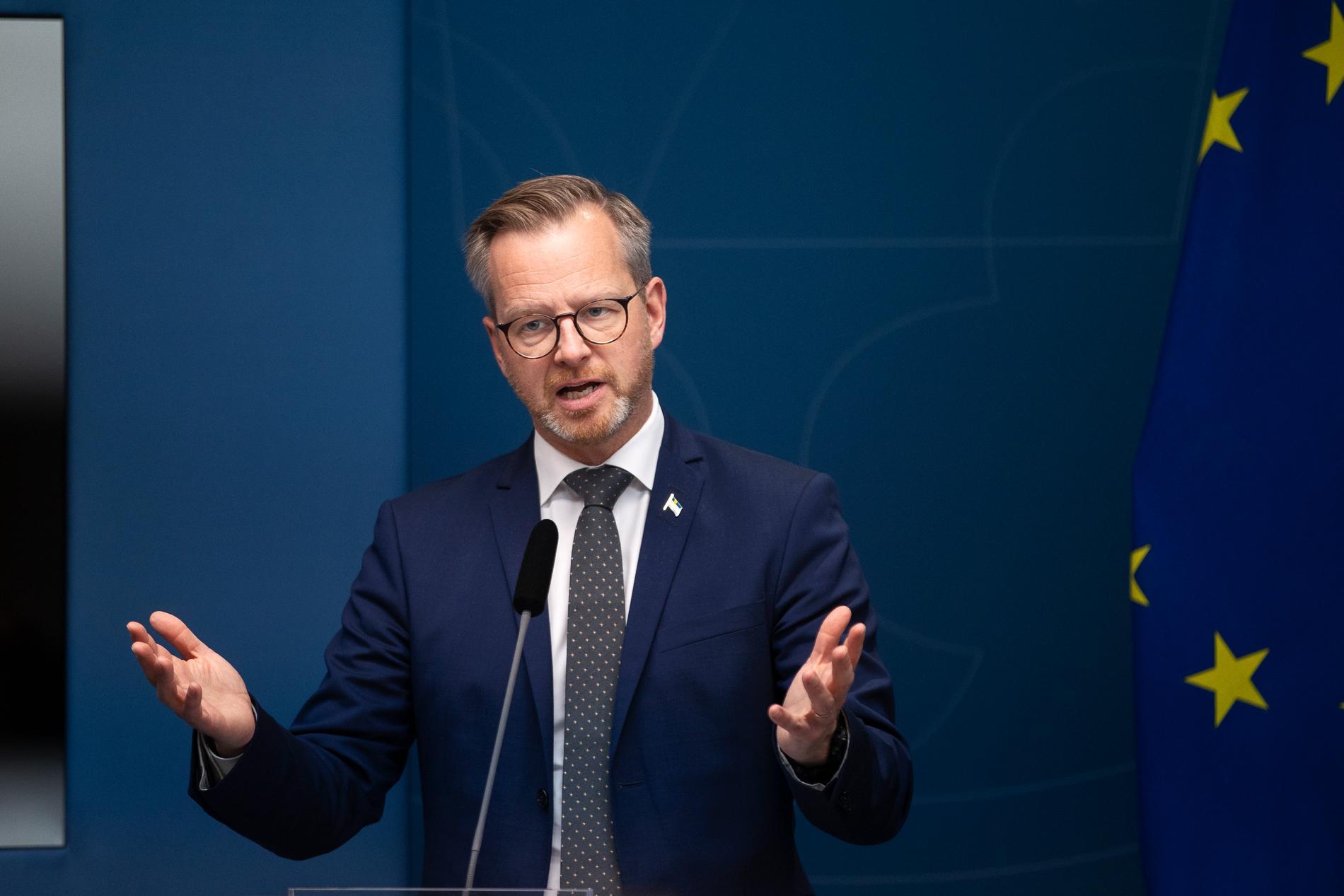 Mikael Damberg höll på torsdagen presskonferens om hur polisen ska bekämpa gängkriminalitet.