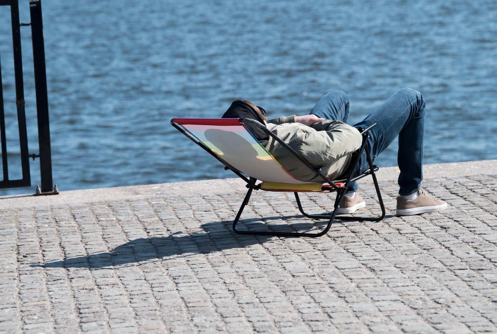 Ett universitet i Hamburg utlyser stipendier för att göra ingenting.