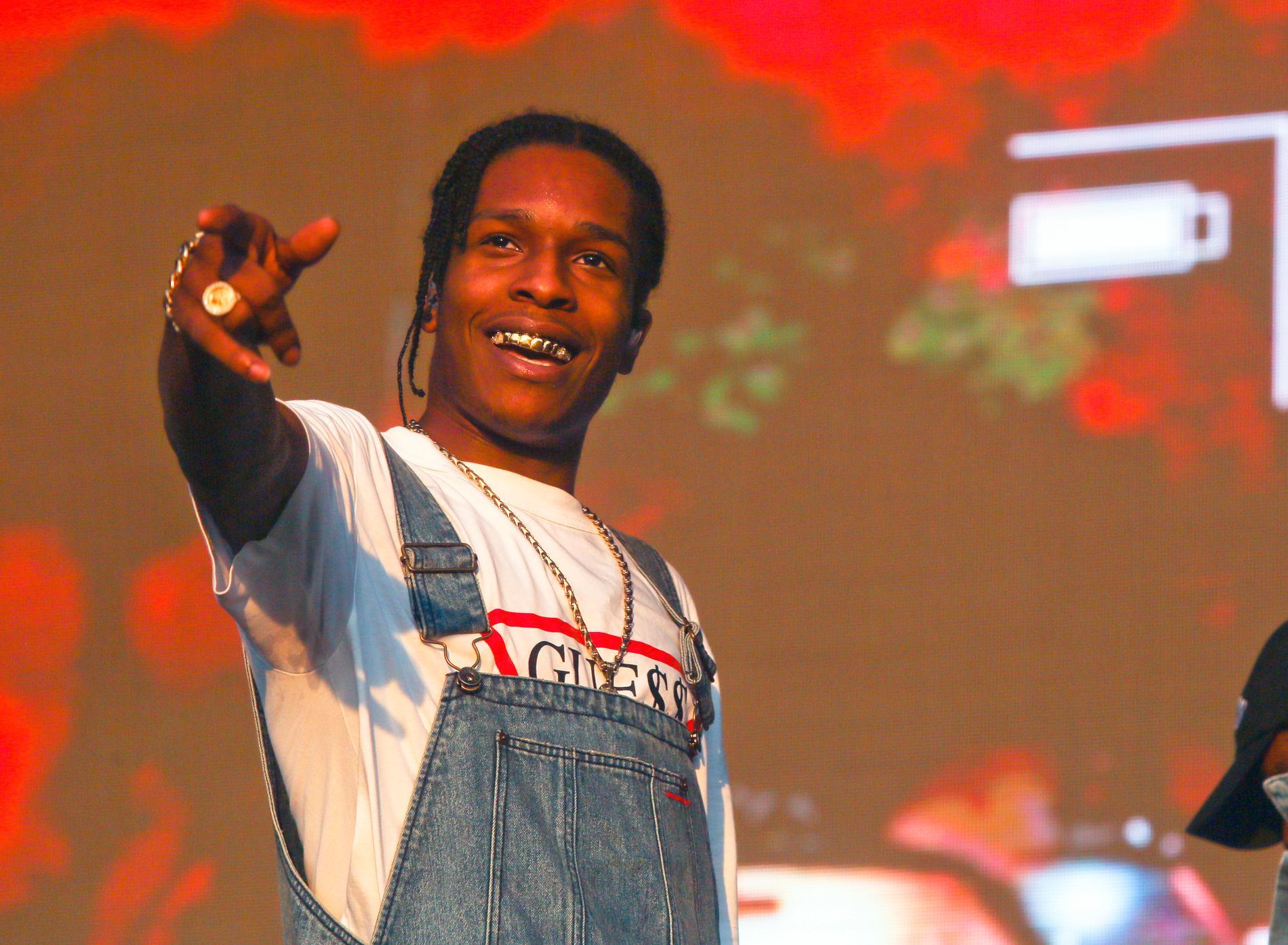 Rapparen Asap Rocky dömdes i dag till villkorlig dom för misshandel av Stockholms tingsrätt.