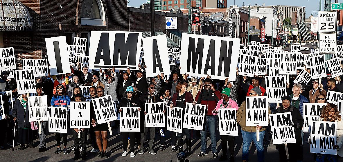 I Memphis mindes man mordet med skyltar som bar samma budskap som under protesten för 50 år sedan.