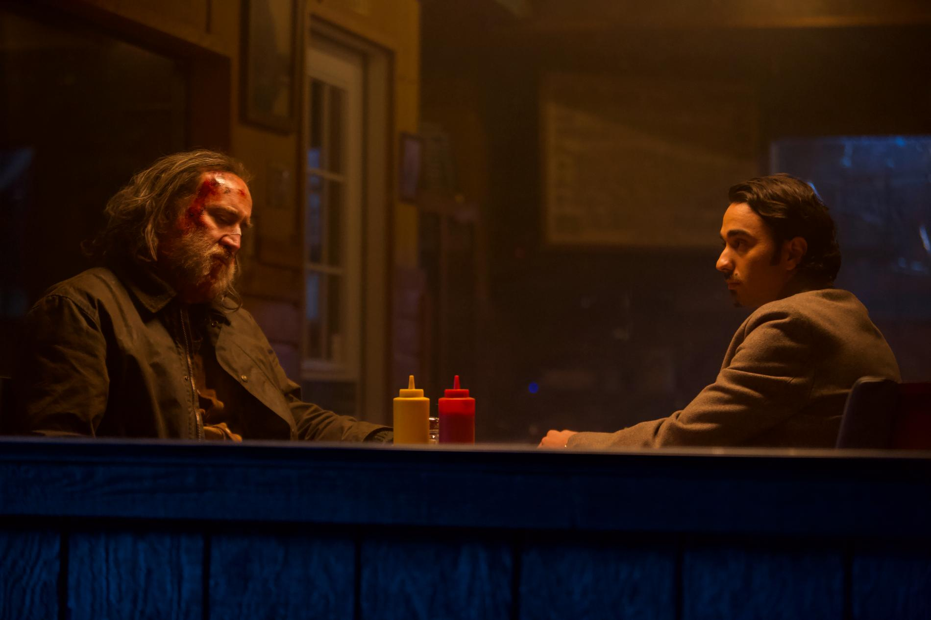 "Nicolas Cage och Alex Wolff i ""Pig"""