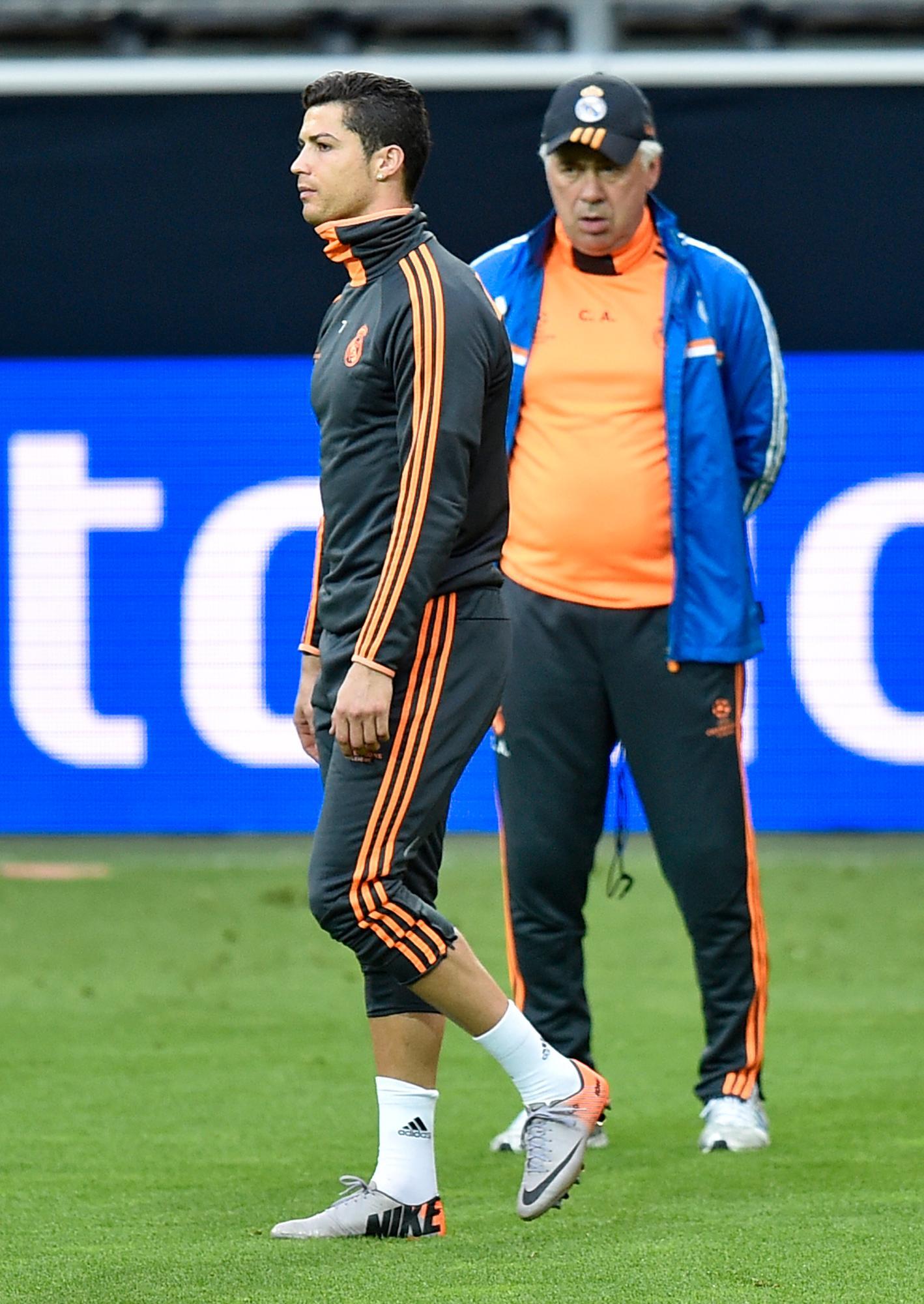 Ronaldo och Ancelotti på Real Madrids träning.