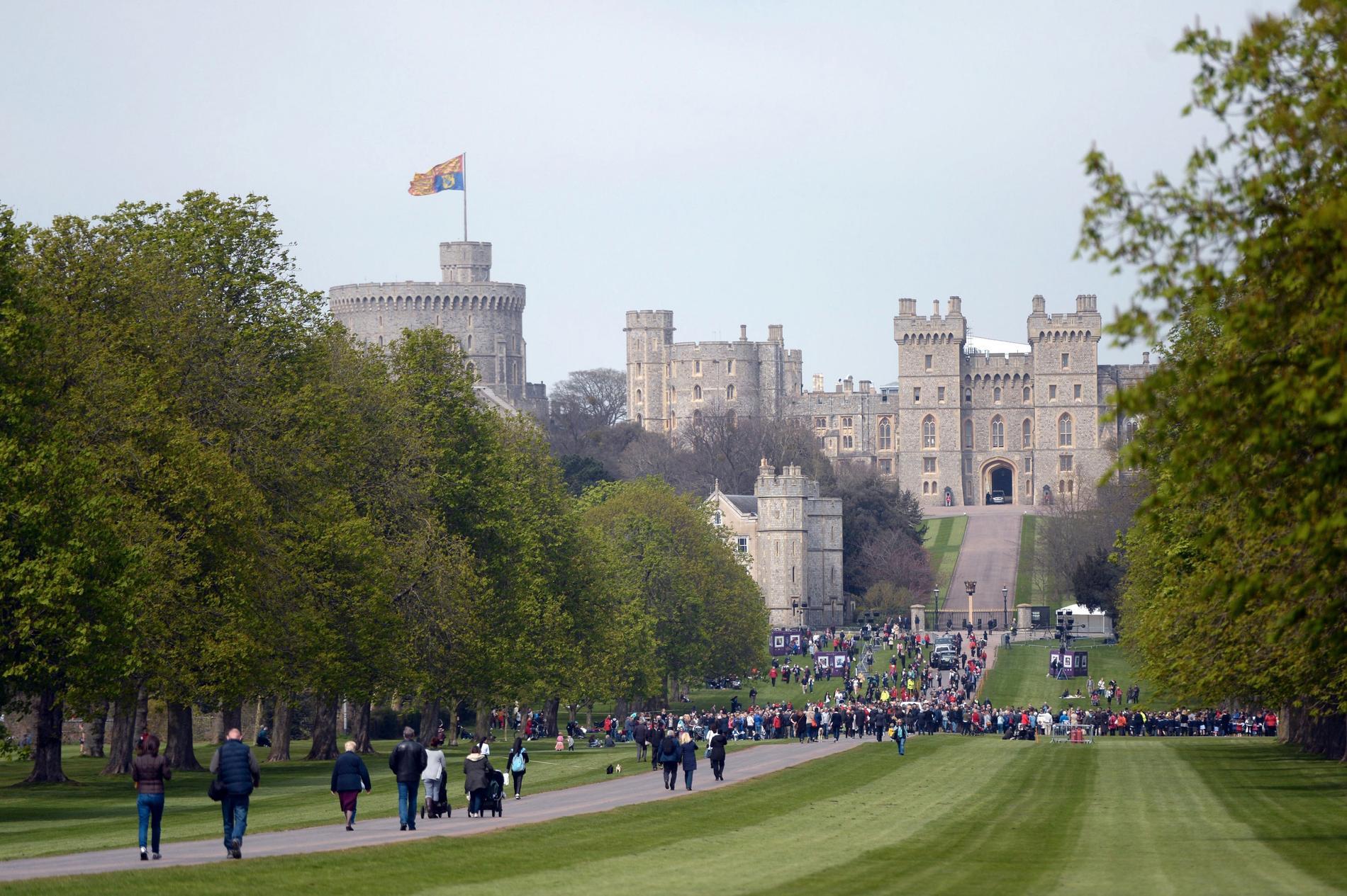 Windsor castle där drottningen har sin privata bostad.