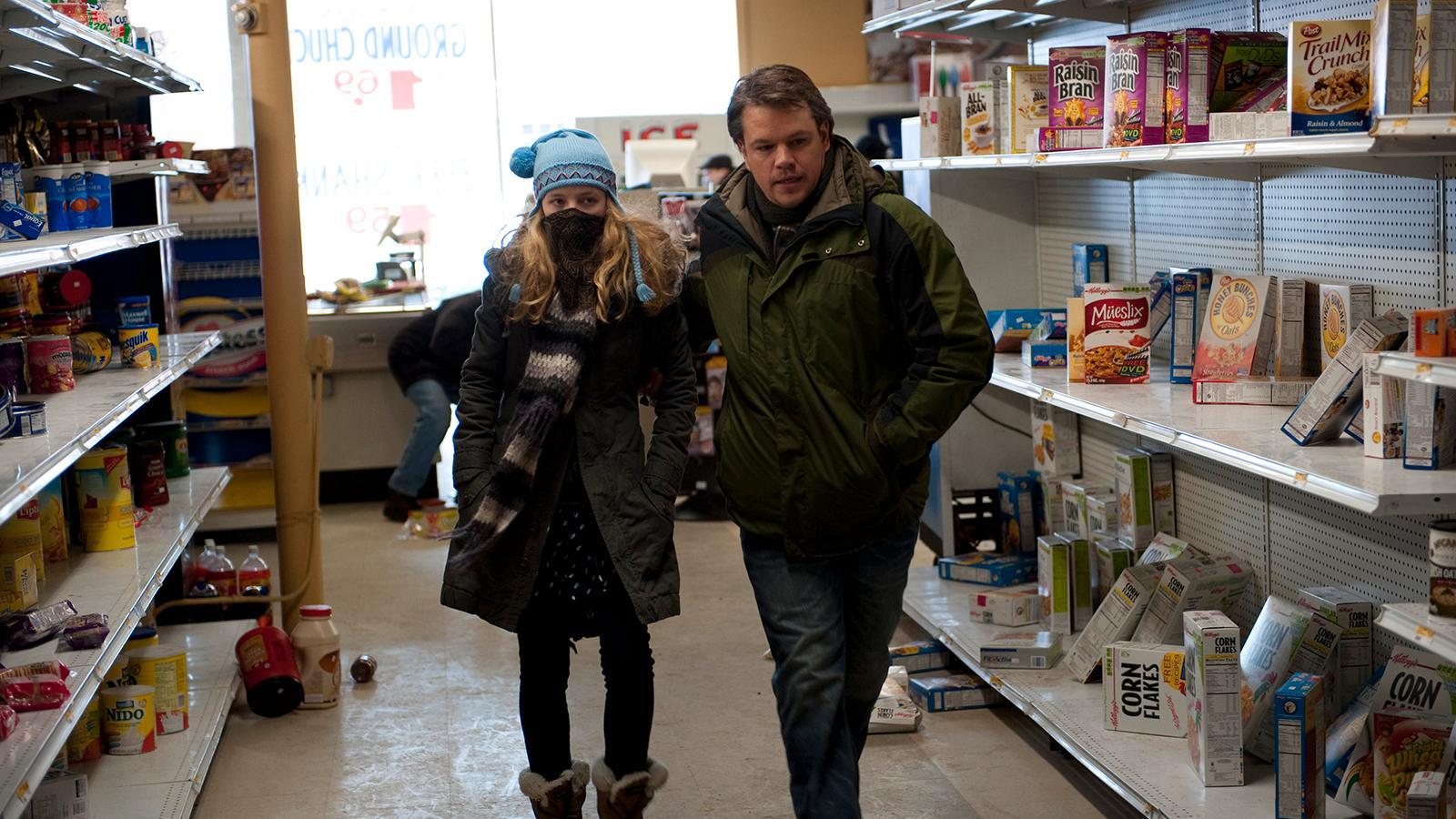 "Anna Jacoby-Heron och Matt Damon i ""Contagion""."