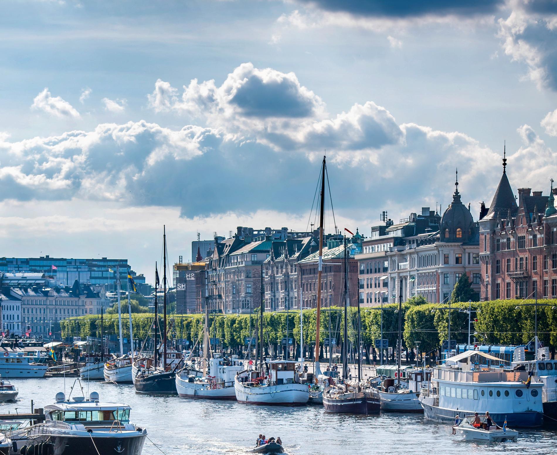 På Östermalms gräddhylla Strandvägen såldes nyligen en tvåa på 60 kvadratmeter för 15,5 miljoner kronor.
