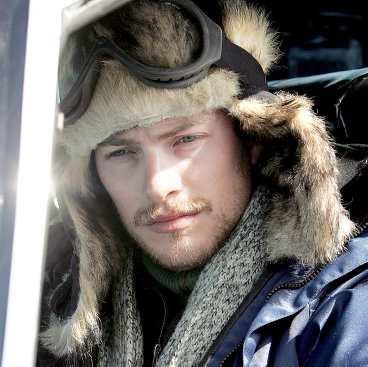 – Jag gör flera stunts själv, säger Andreas Wilson som spelar Jojo.