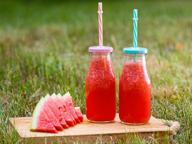 Läskande lemonad med vattenmelon.