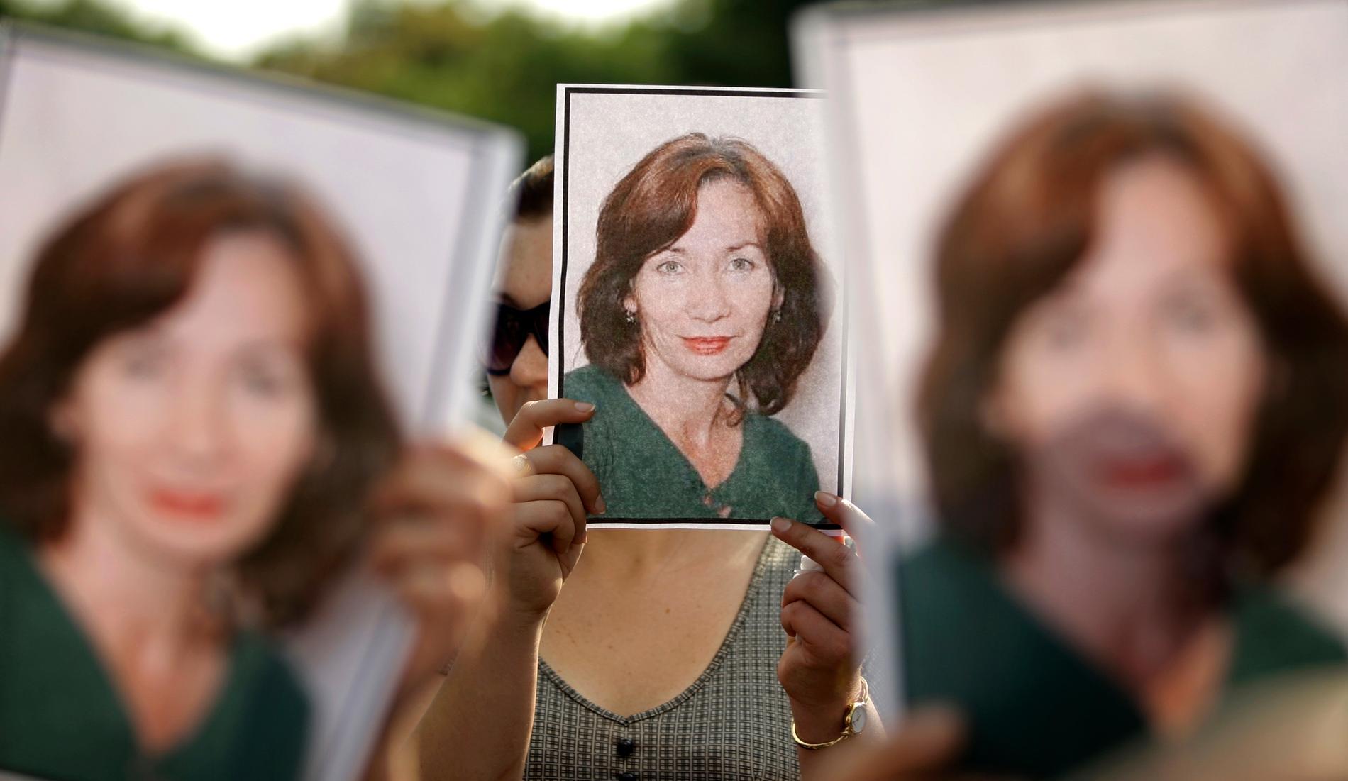 Demonstrationer för den mördade ryska människorättsaktivisten Natalia Estemirova i Moskva 2009.