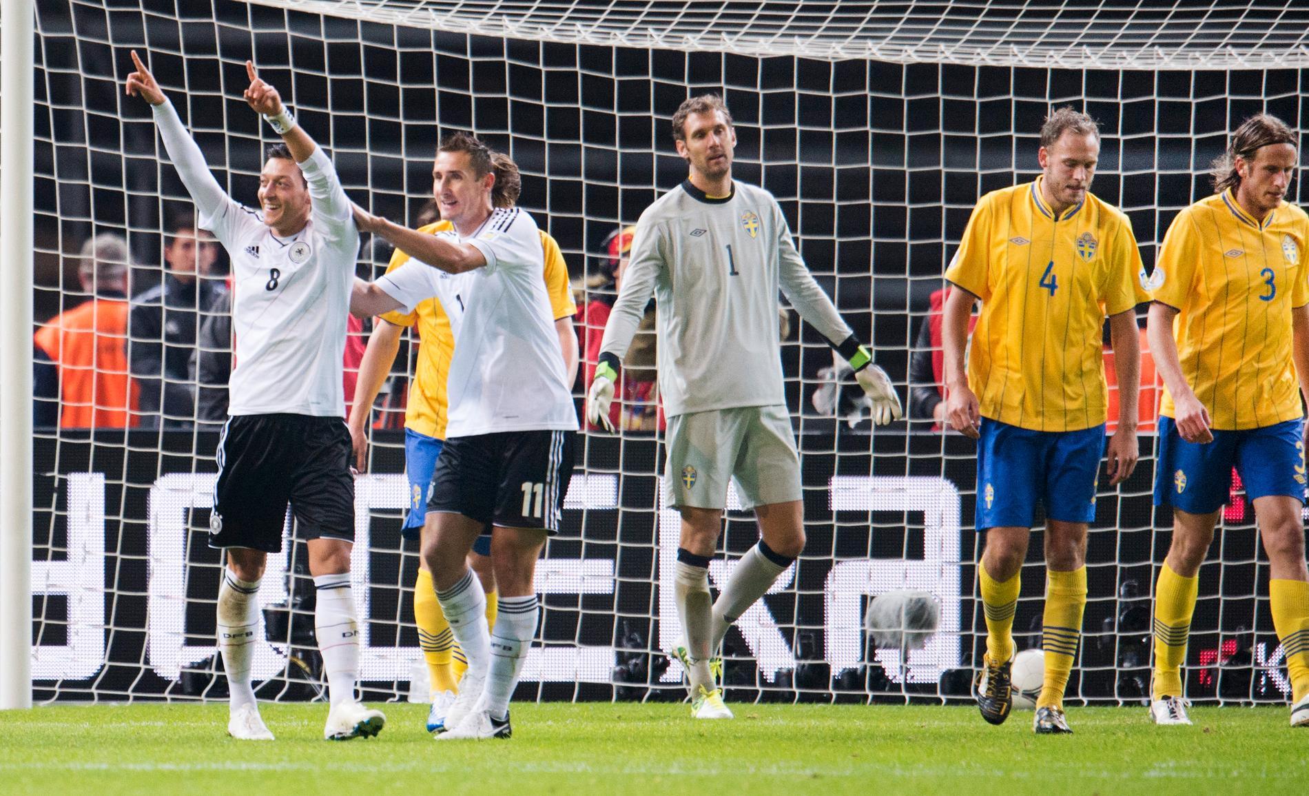 Özil satte 4–0-målet i DEN VM-kvalmatchen mot Sverige.
