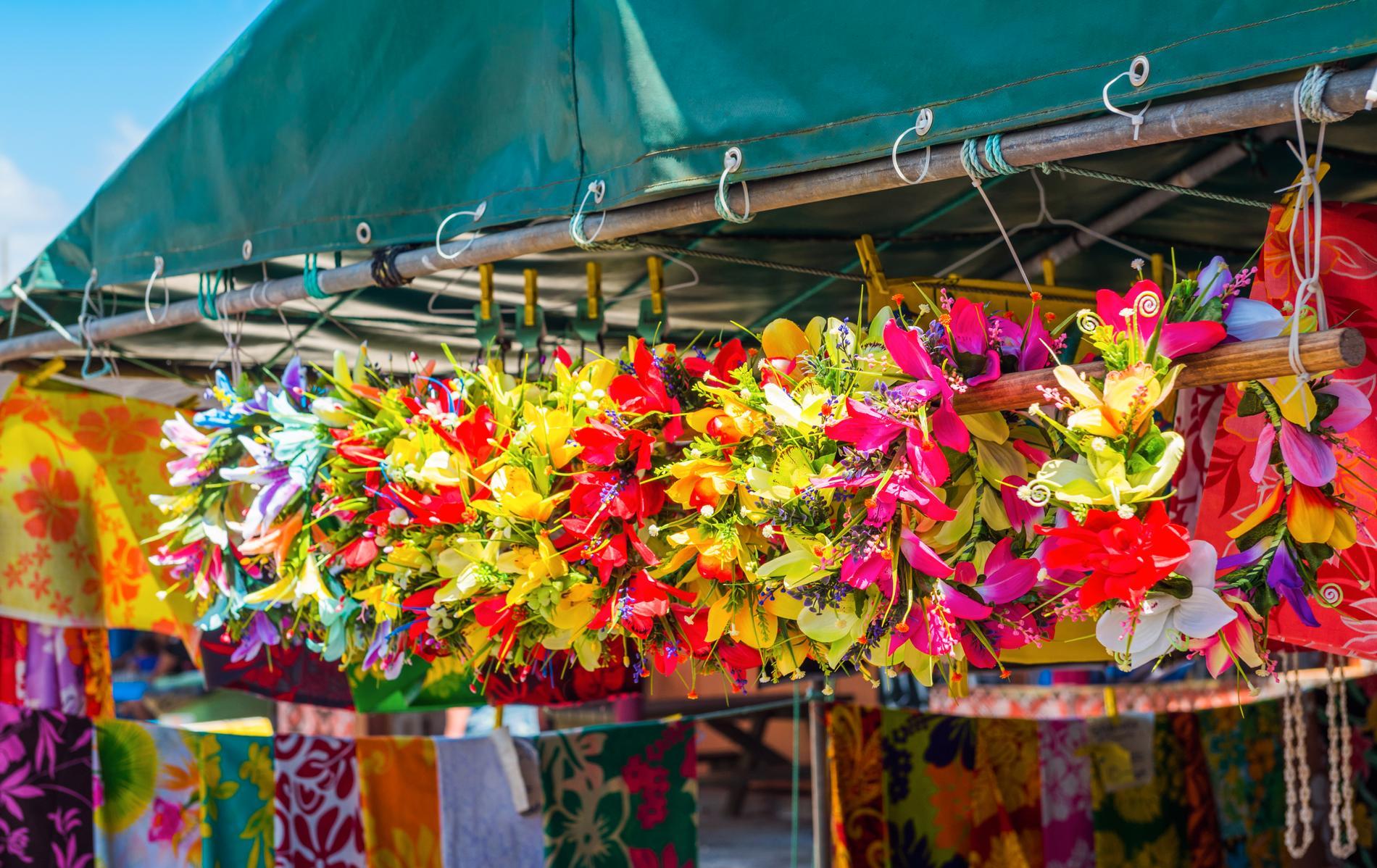 I Rarotonga finns det färgsprakande marknader.