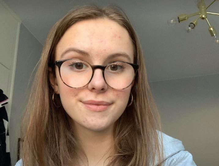 – Man oroar sig, kommer man få den utbildning man behöver på det här sättet? undrar Astrid Gunnarsson, 16.