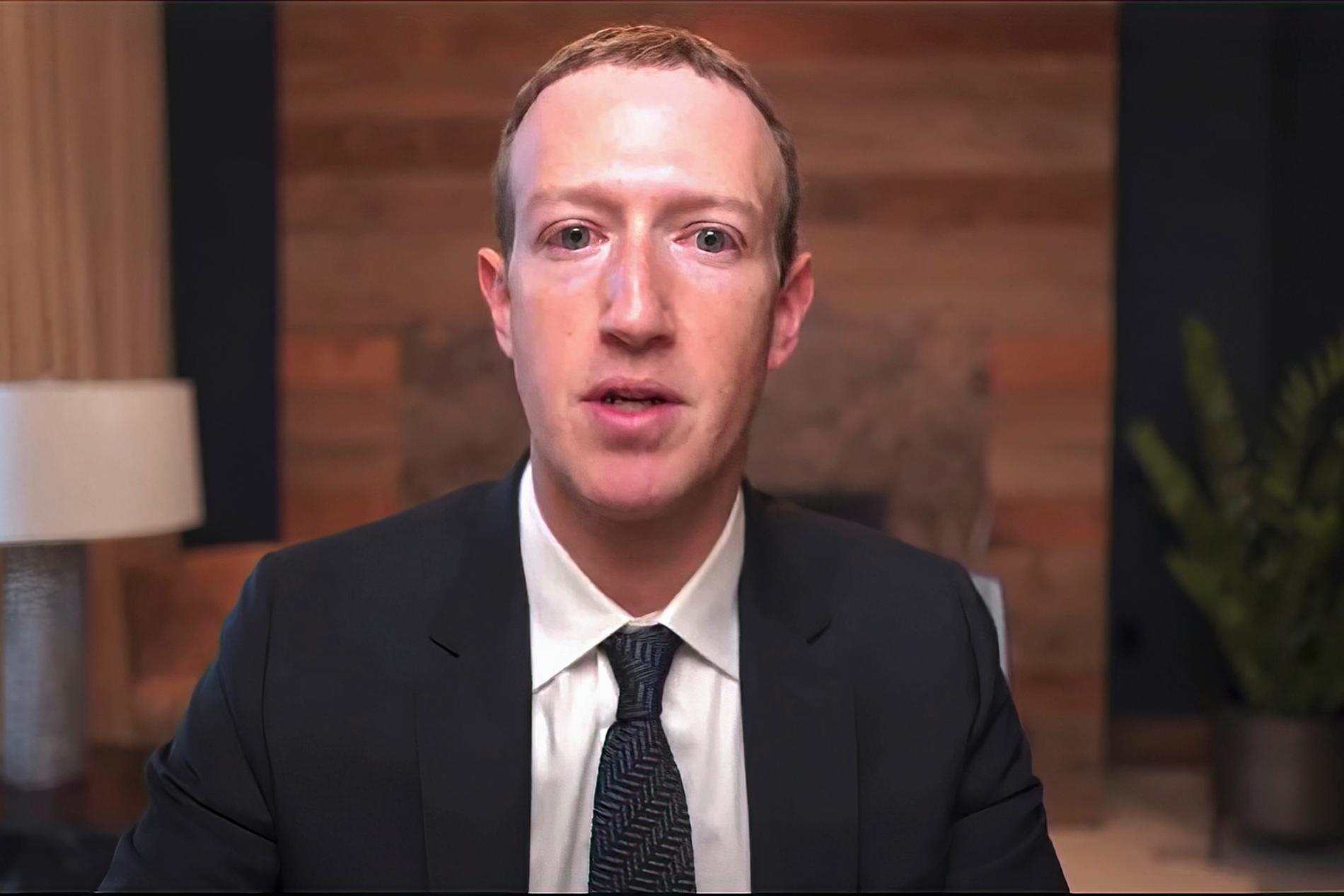 """""""Jag ber om ursäkt"""", sa Mark Zuckerberg efter haveriet."""