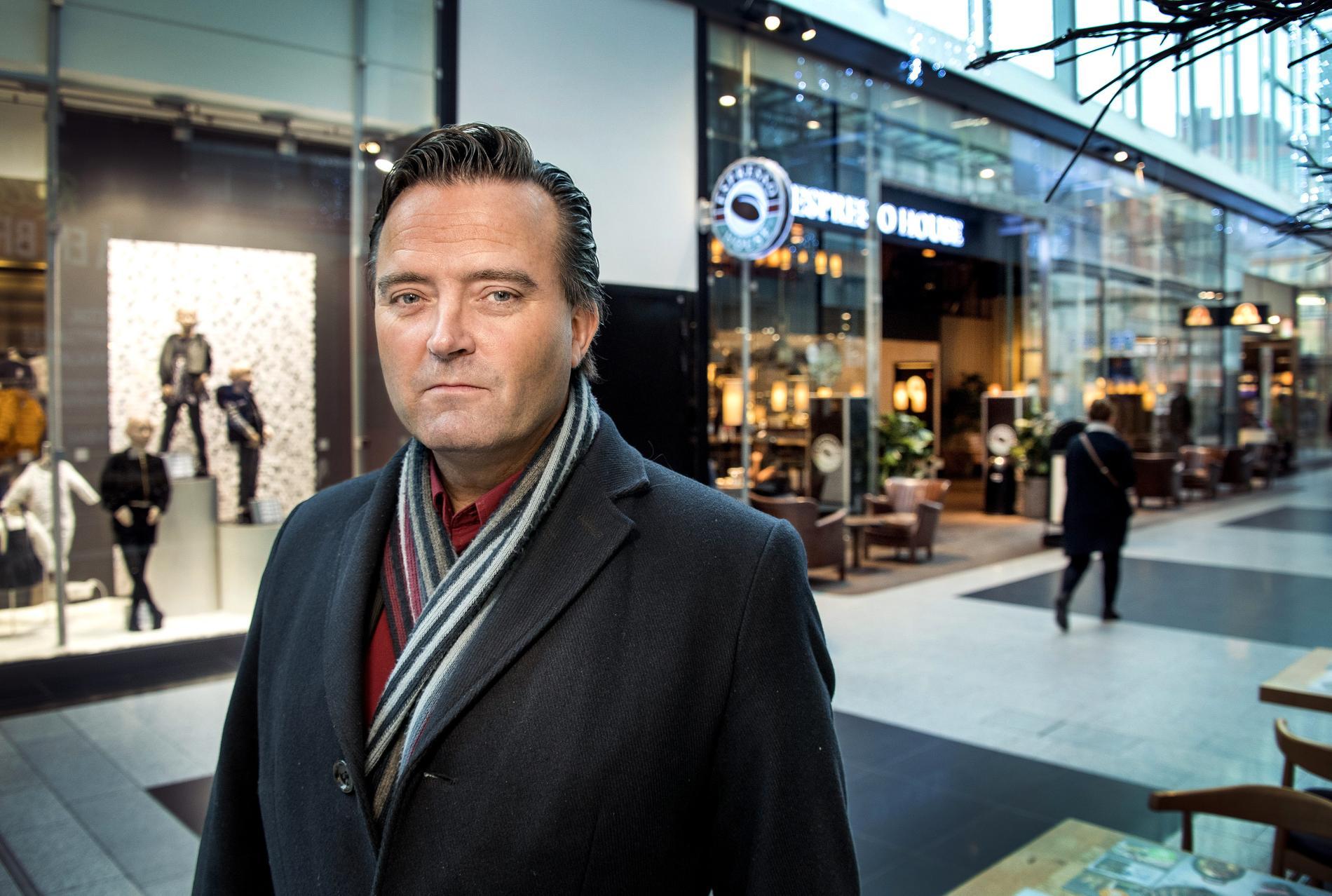 Jan Olsson på polisens bedrägericentrum.