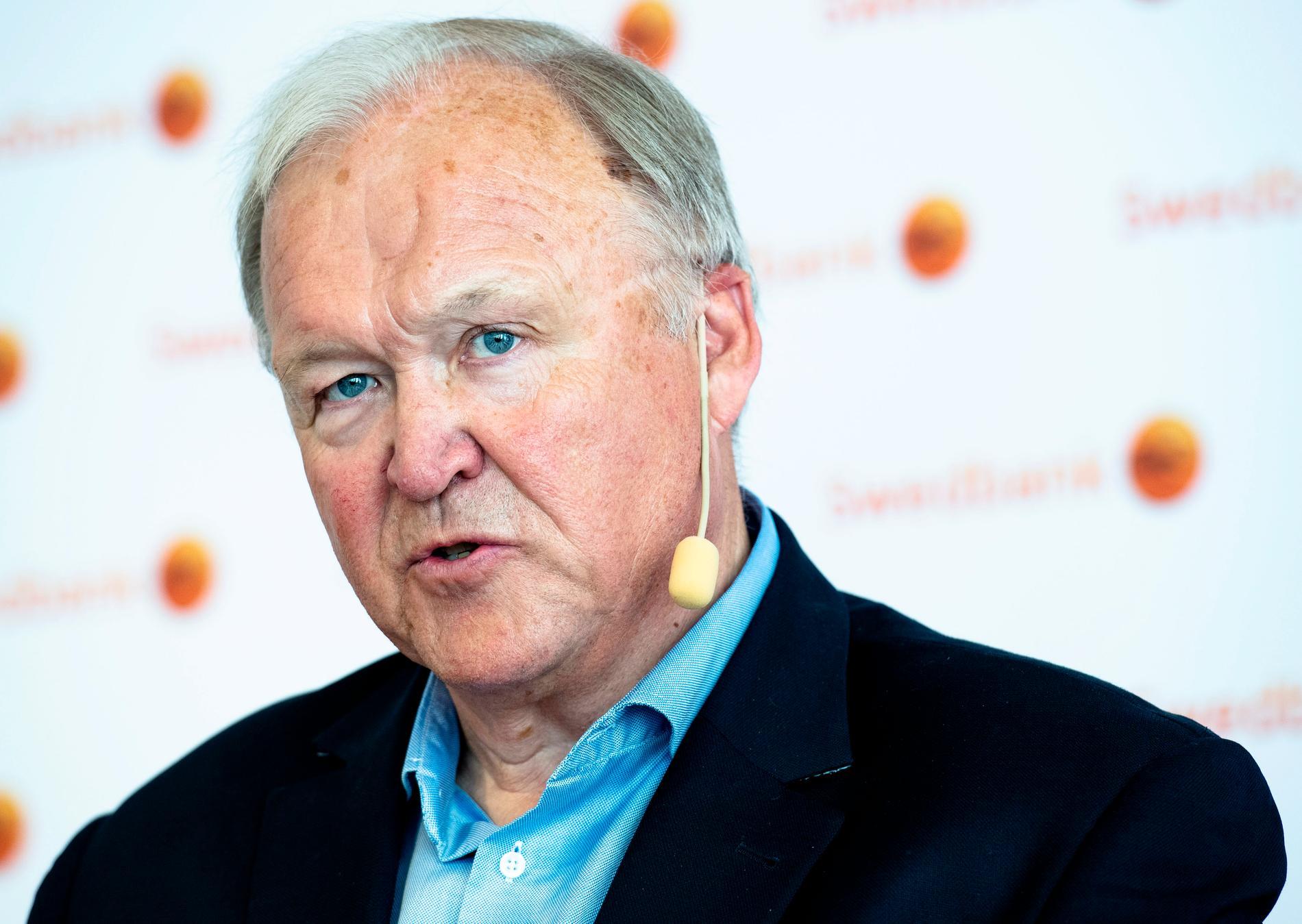 Sveriges tidigare statsminister Göran Persson lämnade politiken och började jobba inom näringslivet. Sedan ett år tillbaka är han styrelseordförande i Swedbank.