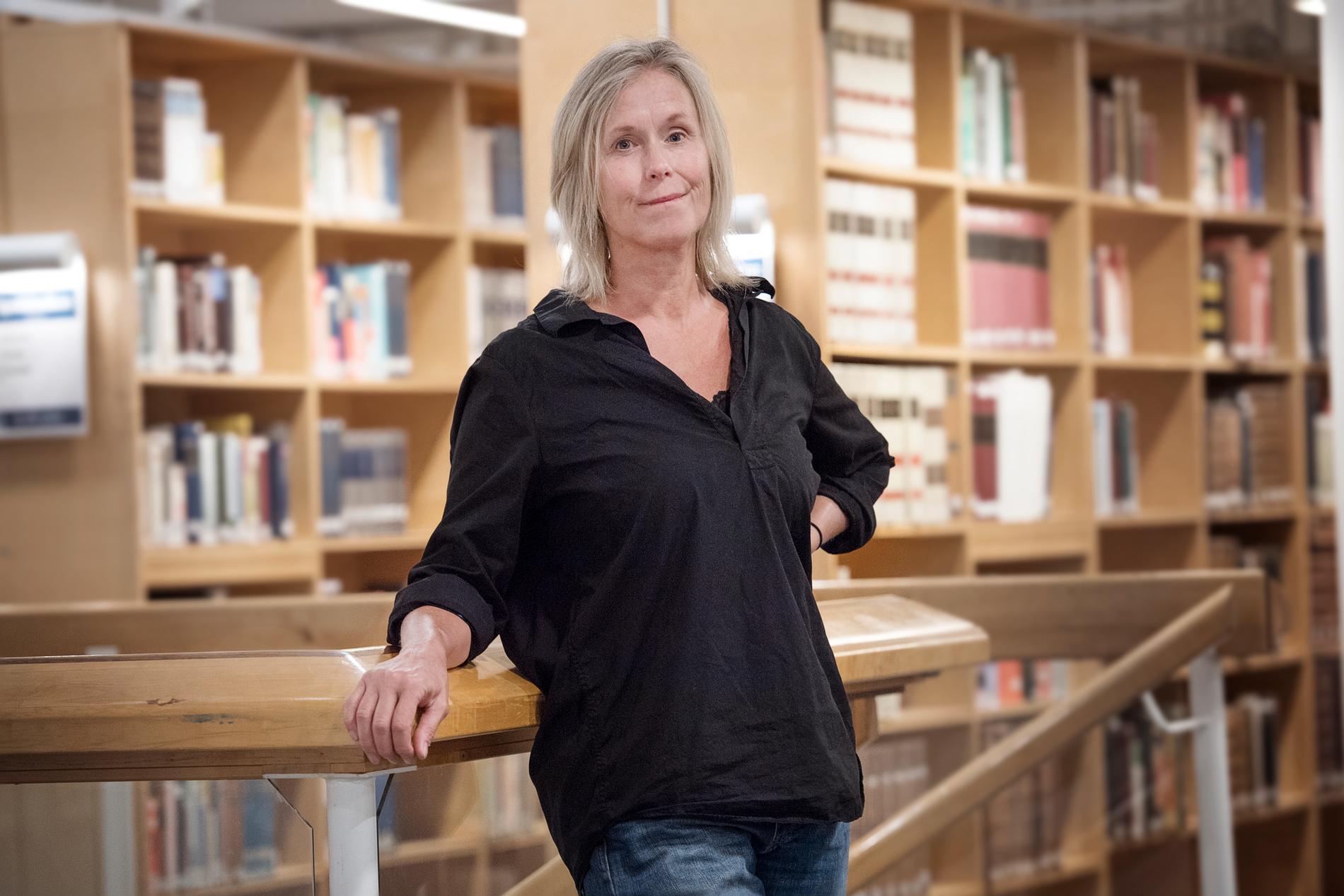 Ingrid Landin har valt att gå till en karriärcoach för att få hjälp med jobbsökandet.