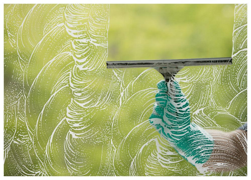 Dags att putsa fram vårsolen. Så här enkelt är det att putsa fönster.