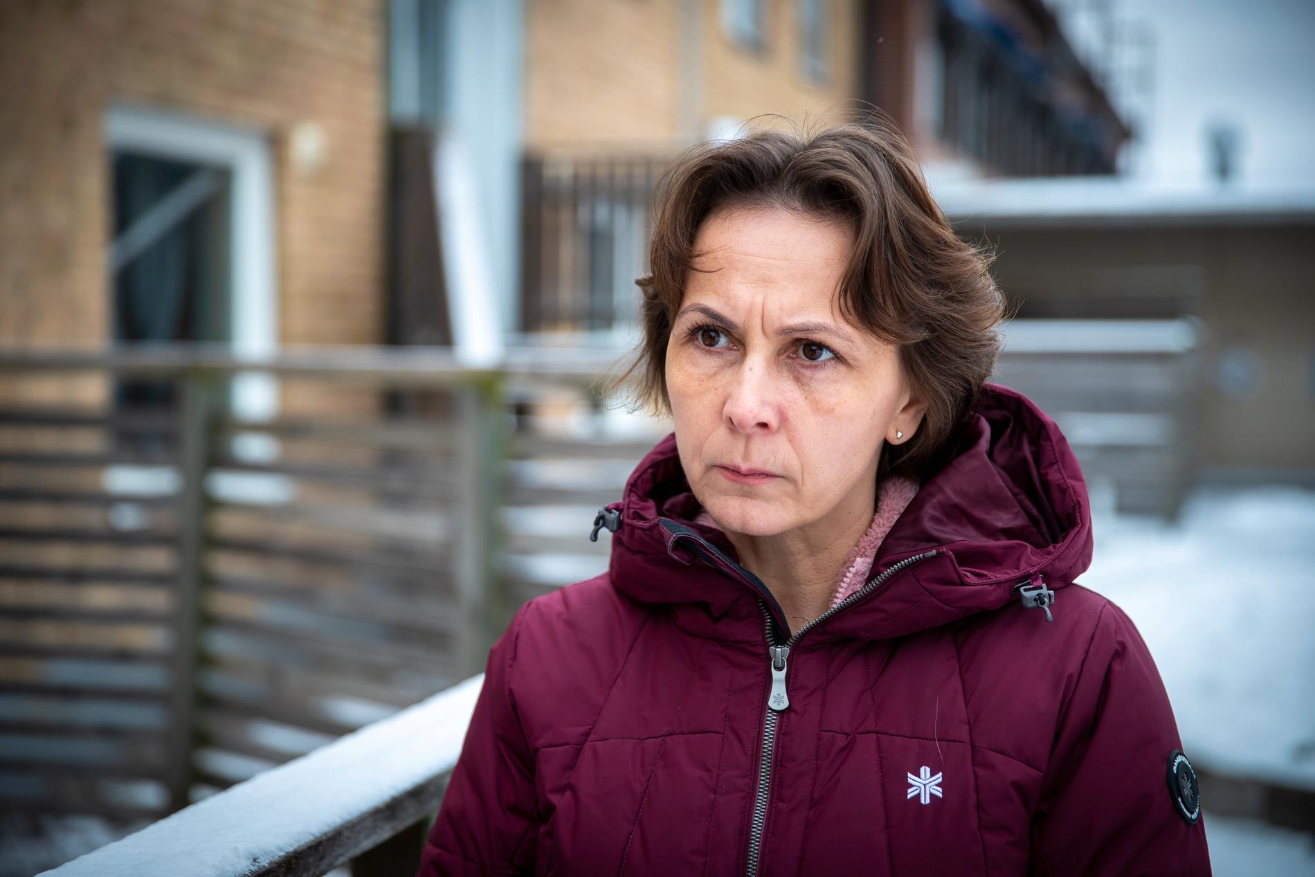 17-årige Mattias mamma Erika Borg vill att polisen öppnar utredningen igen.