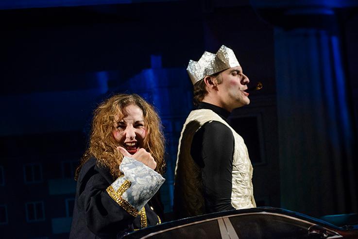 """Från pjäsen """"Tartuffe på banken""""."""