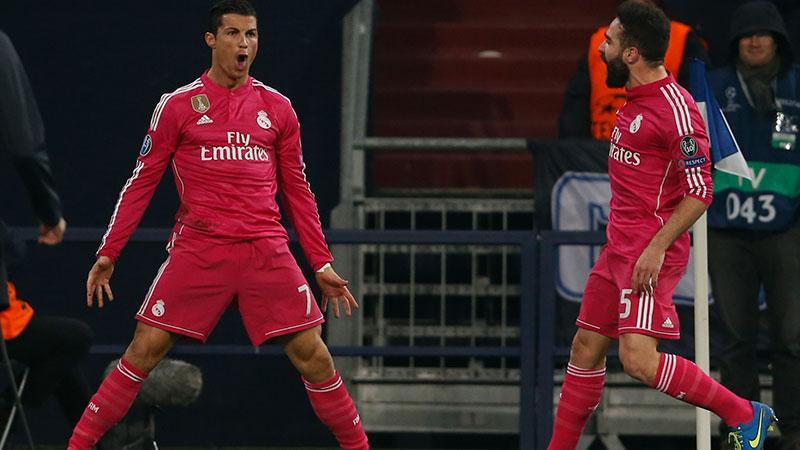 Ronaldo jublar efter 1-0-målet.