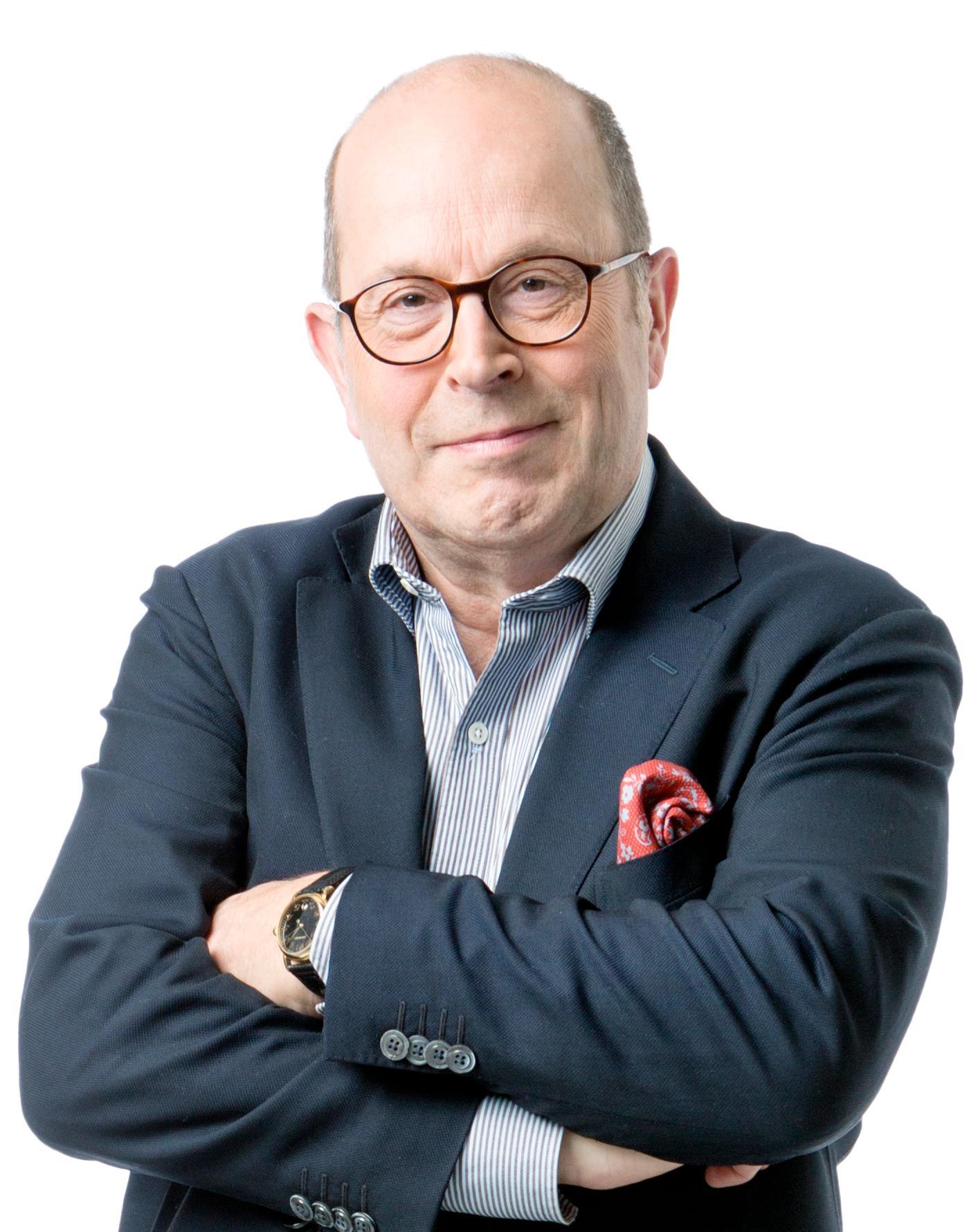 Jan Scherman scoopade att framtidens tv-licens blir samma som nu för ett vanligt hushåll men via skattsedeln.