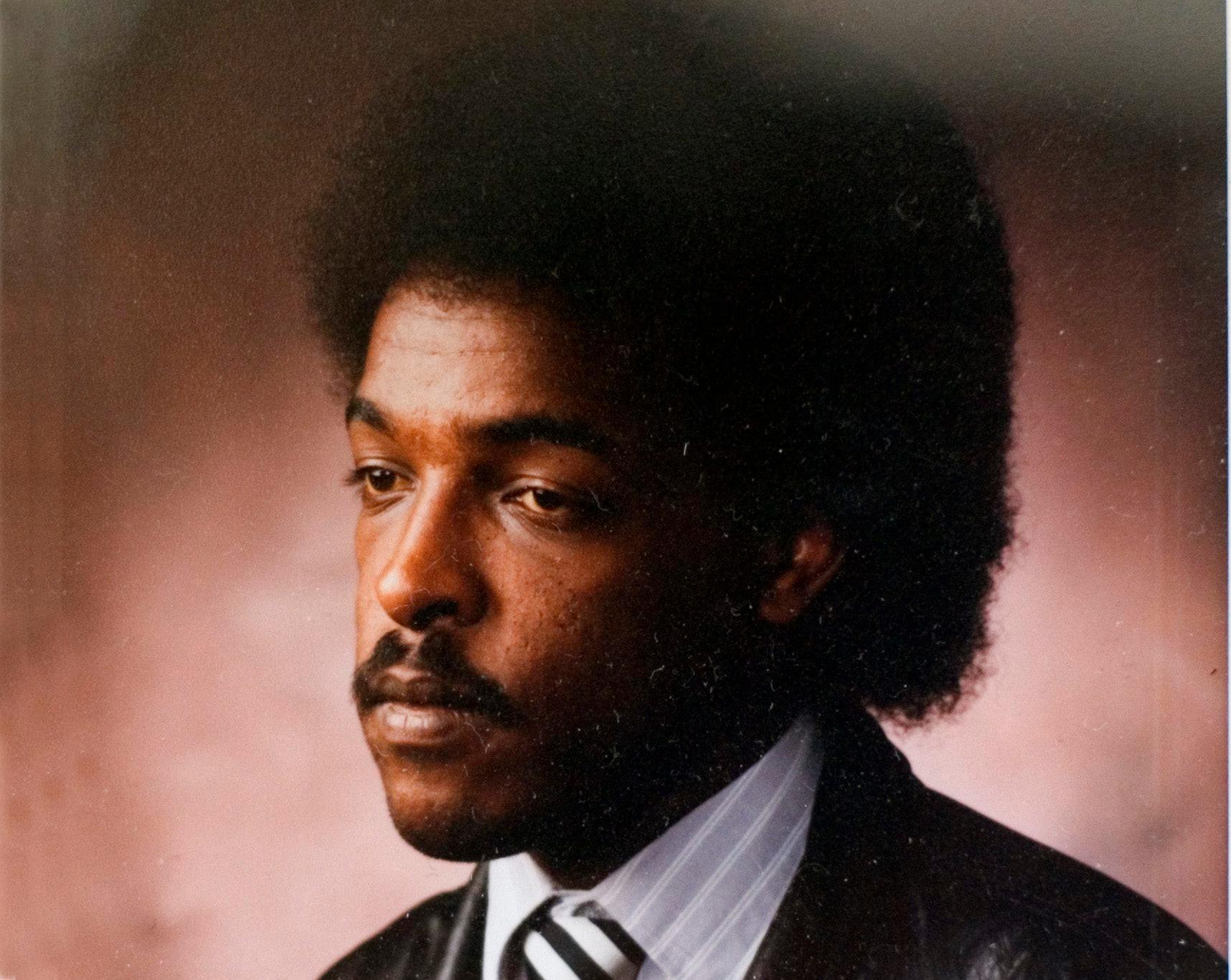 Den 23 september har Dawit Isaak suttit fängslad i 20 år. Dagens upprop kräver att EU tar ansvar för sin medborgare samtidigt som pressen måste öka för att förändra den politiska situationen i Eritrea.