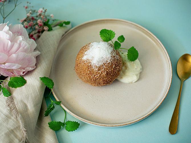 Knedle – dessert med plommon.