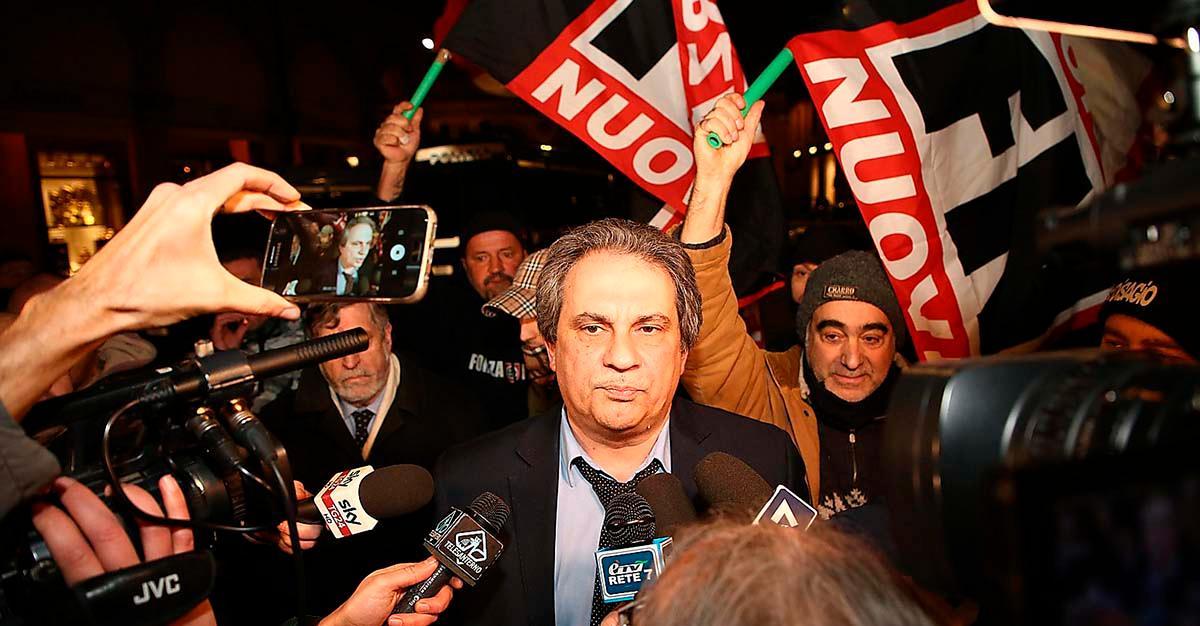 Den mest hårdföra fascistfalangen Forza Nuova har ett rasrent Italien på sin agenda. Kort efter det blodiga dådet begav sig dess ledare Roberto Fiore till Macerata för att protestera mot invandringen.