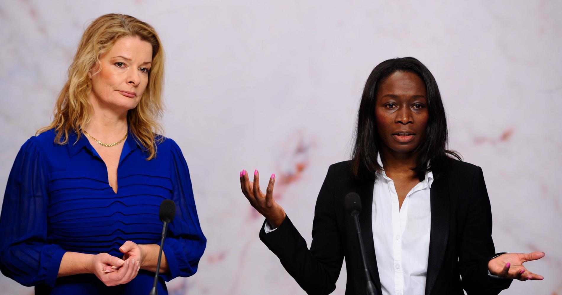 Lotta Edholm tillsammans med partiledaren Nyamko Sabuni när Edholm var skolborgarråd i Stockholm. Idag har hon bytt sida och jobbar hon för börsnoterade skolkoncernen Tellusgruppen.