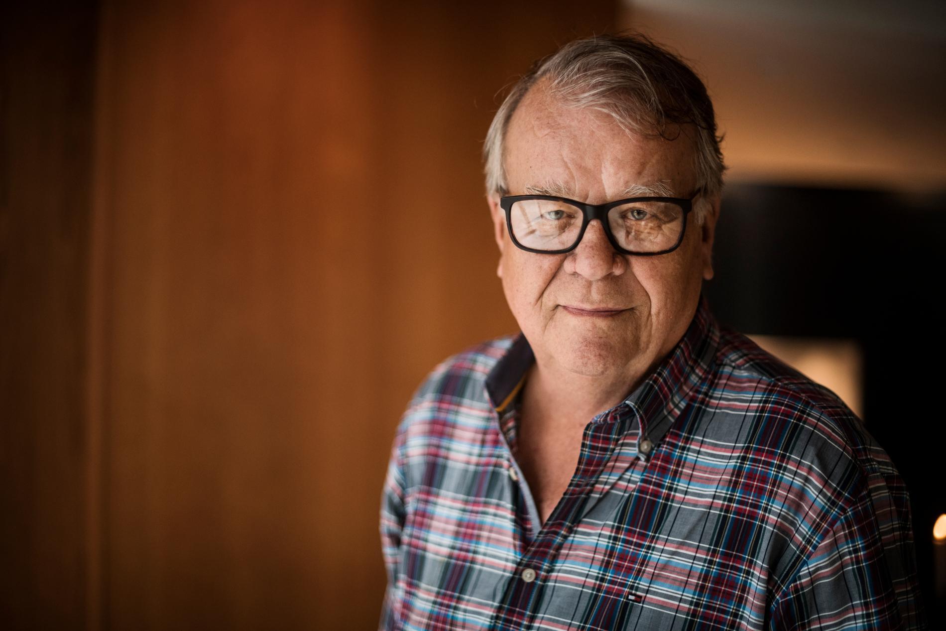 75-åringen Lasse Berghagen är fascineras över hur fort tiden går.