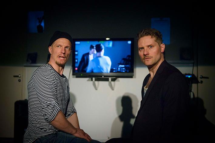 """Anders Berg och Ludde Hagberg i """"Duck variations"""" på Moment Teater."""