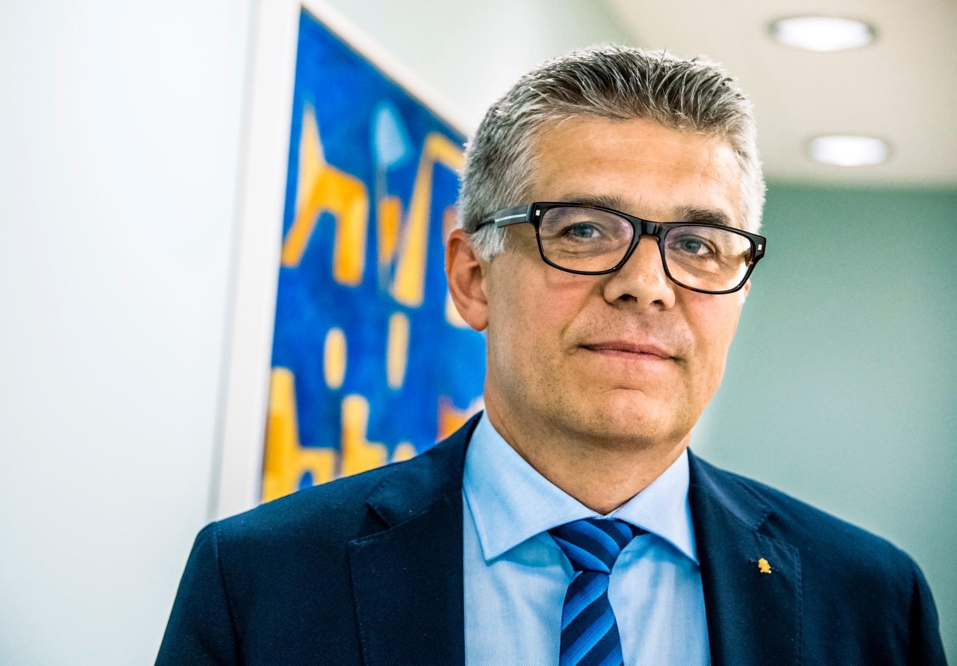 Tusentals våldsbejakande islamister lever i Sverige i dag, uppger Säkerhetspolisens chef Anders Thornberg för TT.