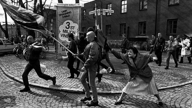 Flera har jämfört bilden på Tess i Borlänge med den klassiska bilden från Växjö 1985.