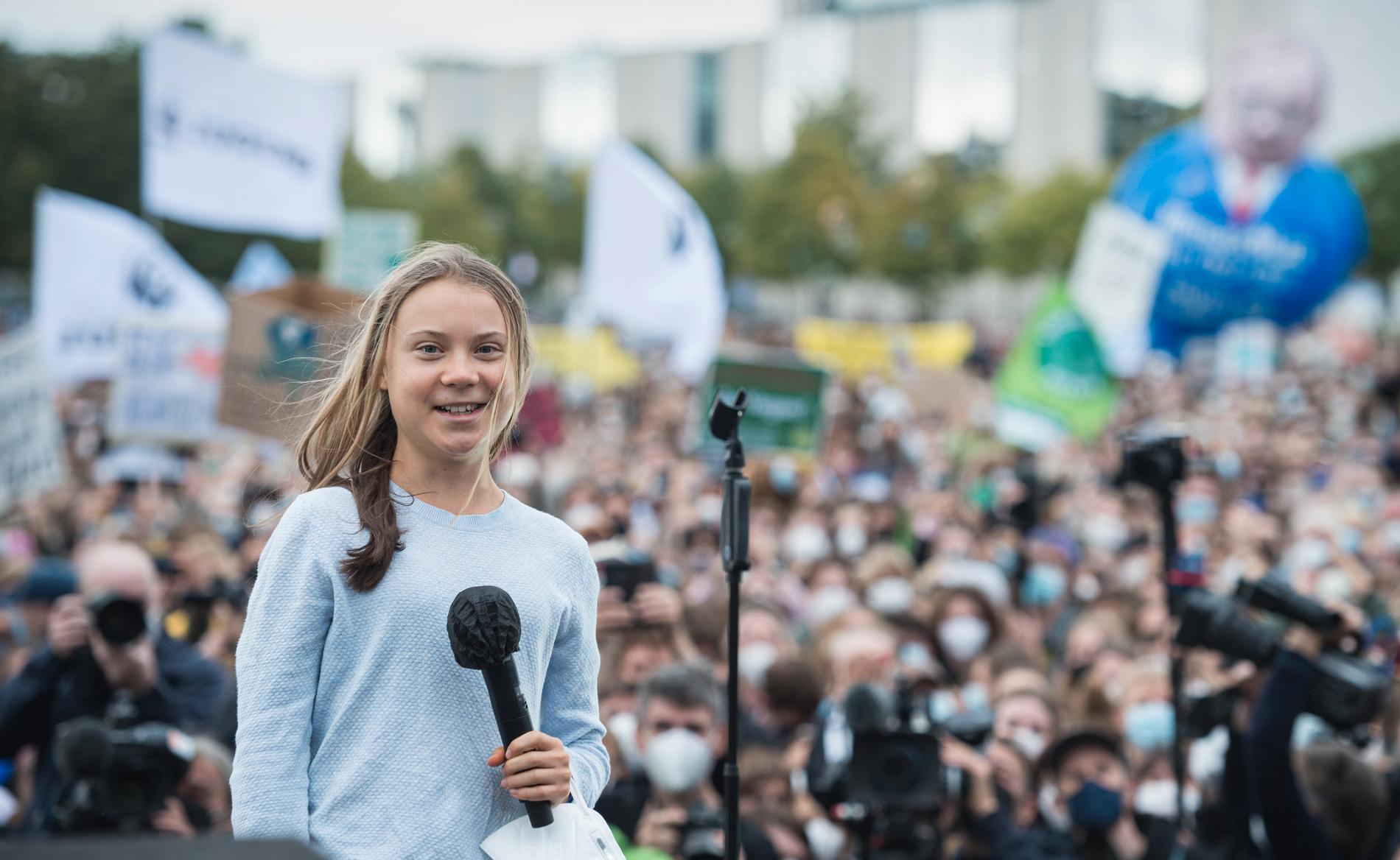 """Greta Thunberg talade i Berlin två dagar före valet om att klimatomställningen måste skyndas på: """"Vi vill ha förändring. Vi kräver förändring. Och vi är förändringen!""""."""