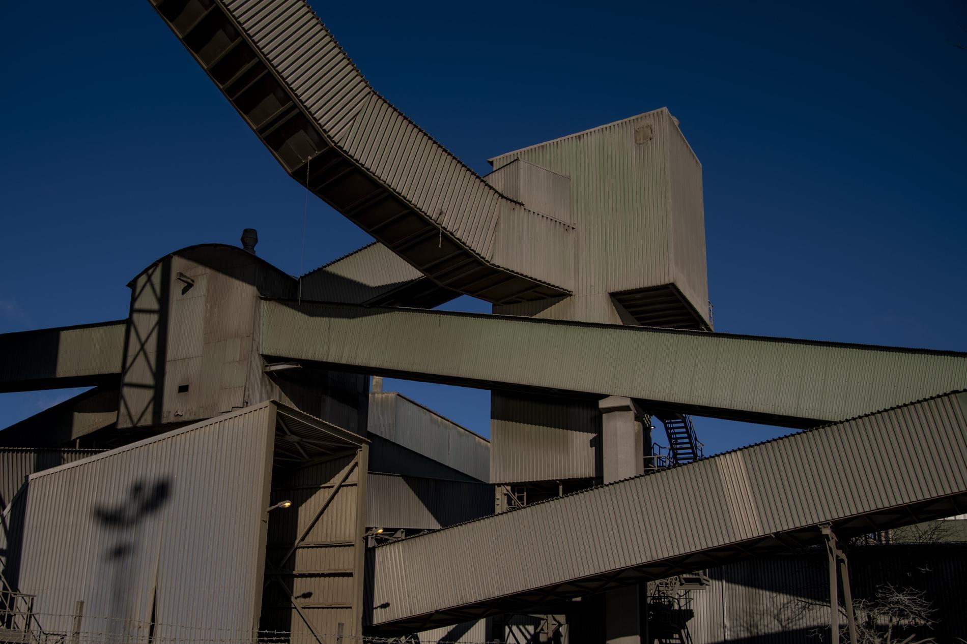 Cementas tillstånd löper ut 31 oktober.
