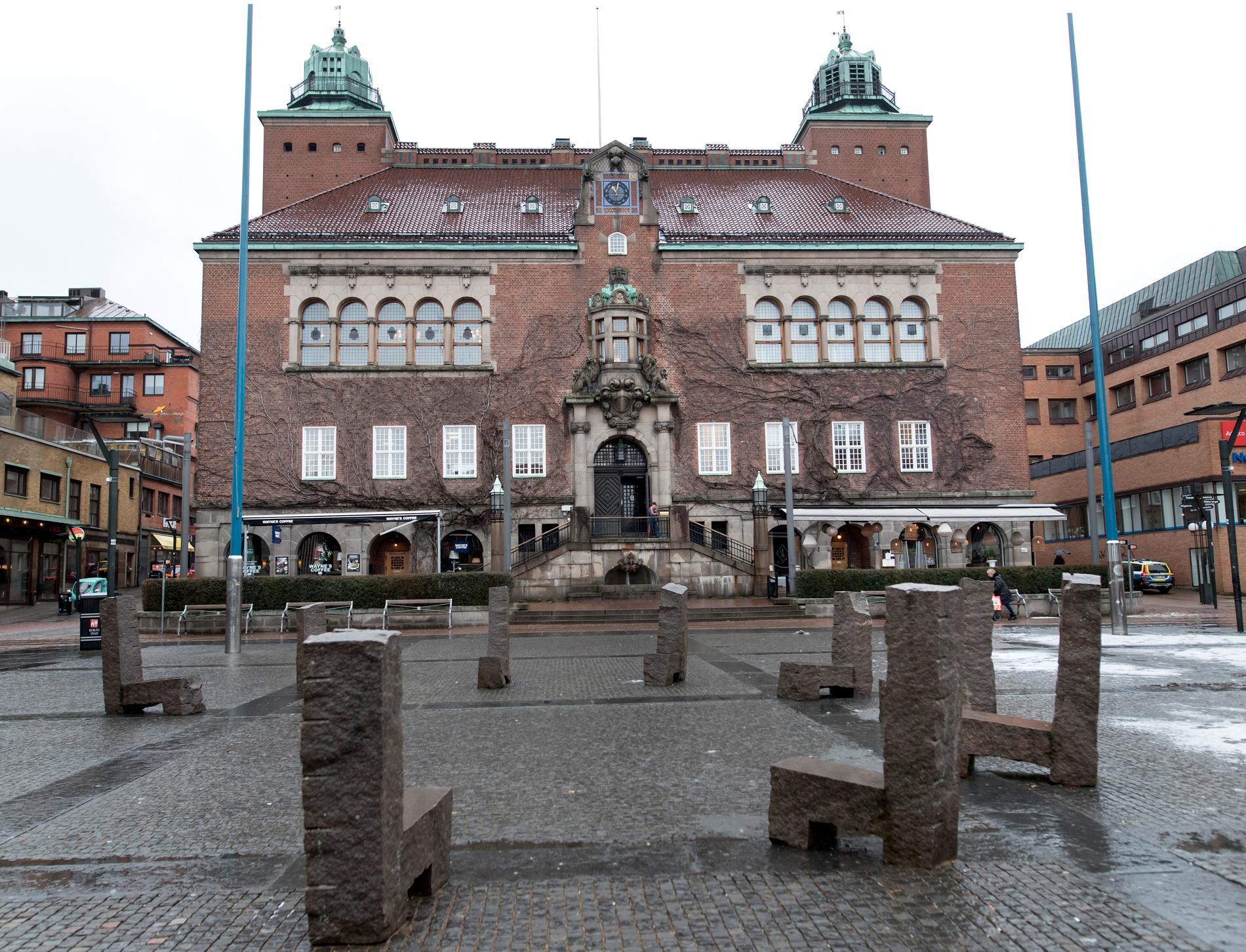 En politiker som misstänks för mord har omhäktats av Borås tingsrätt. Arkivbild.