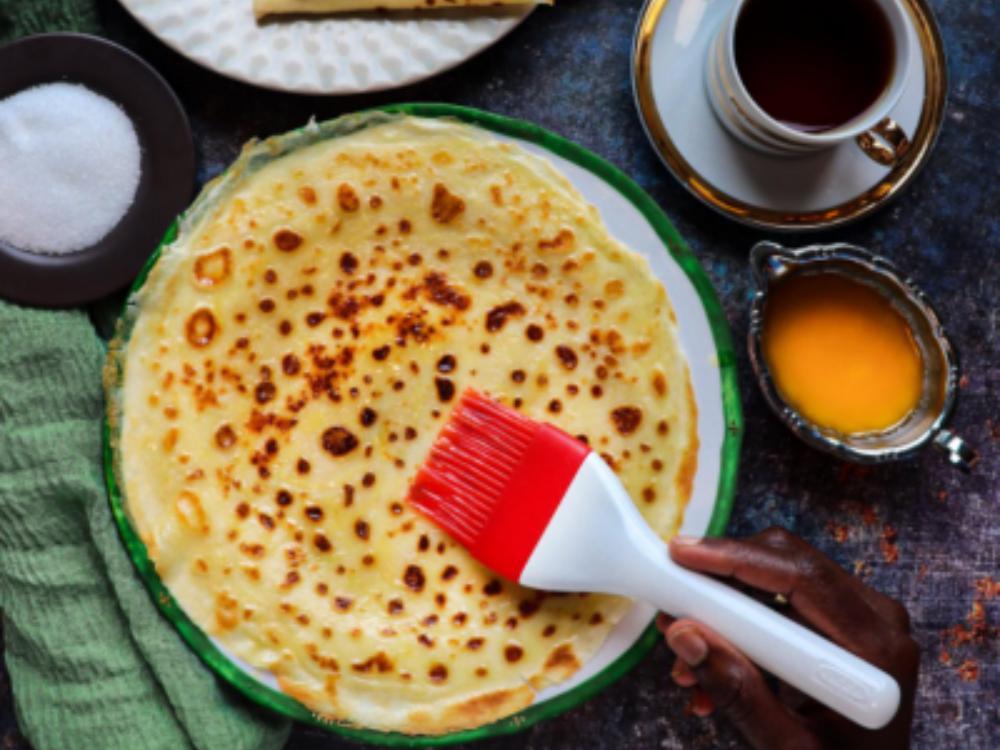 Malawax – tunna pannkakor med smak av kardemumma äts ofta till frukost.
