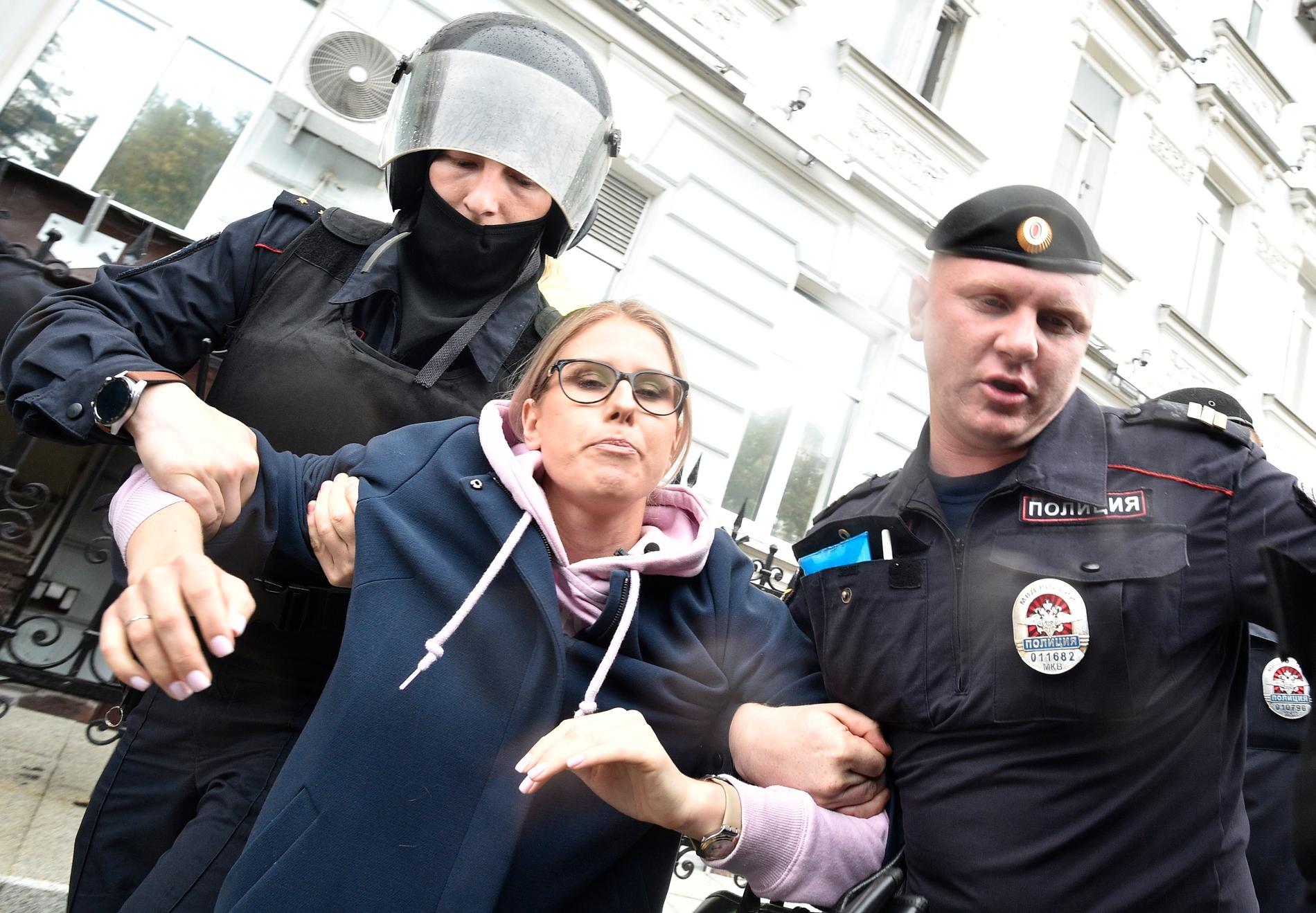 Ljubov Sobol har gripits i samband med flera demonstrationer.