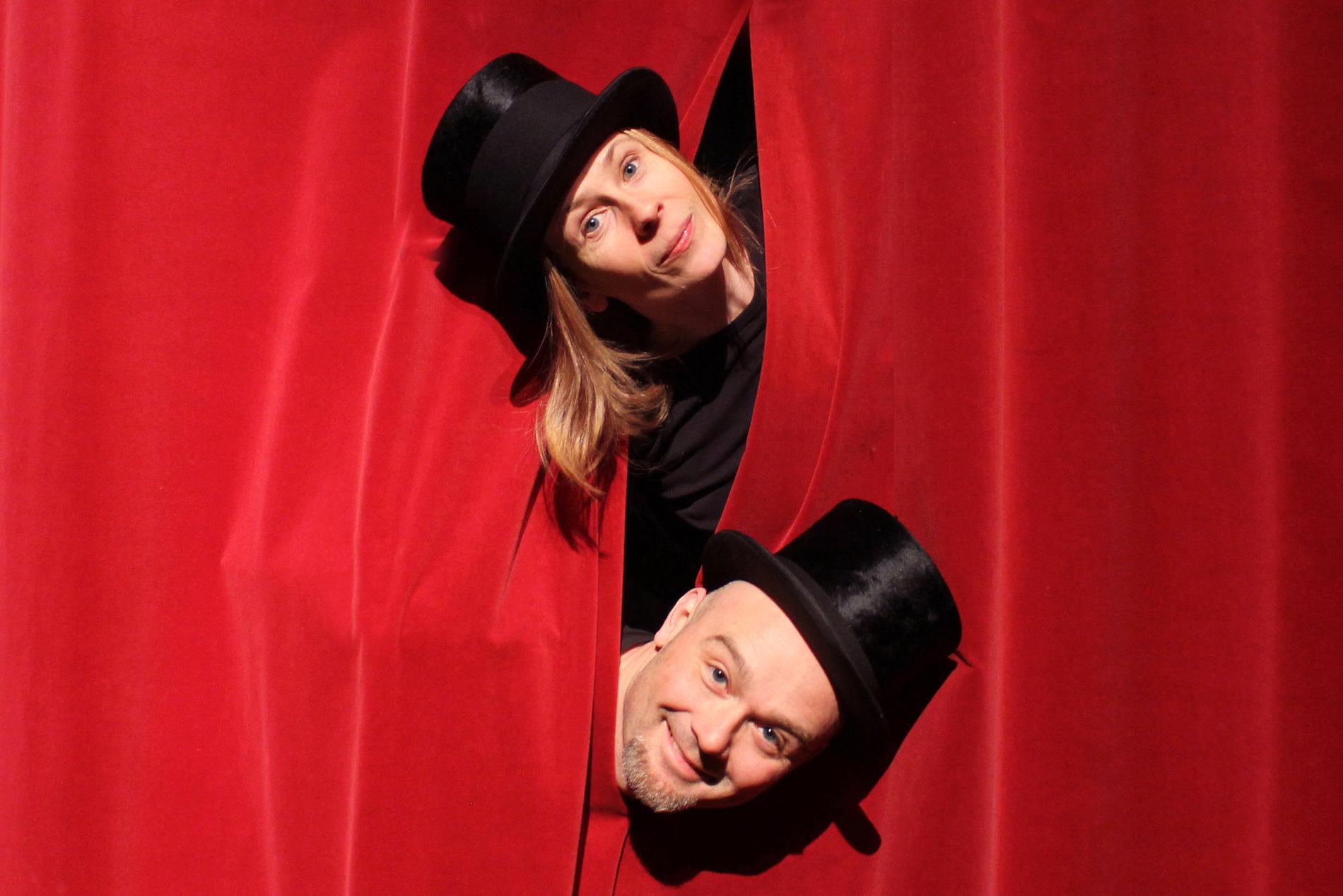 Micaela Gustafsson och Mikael Lönnbjer. Pressbild.