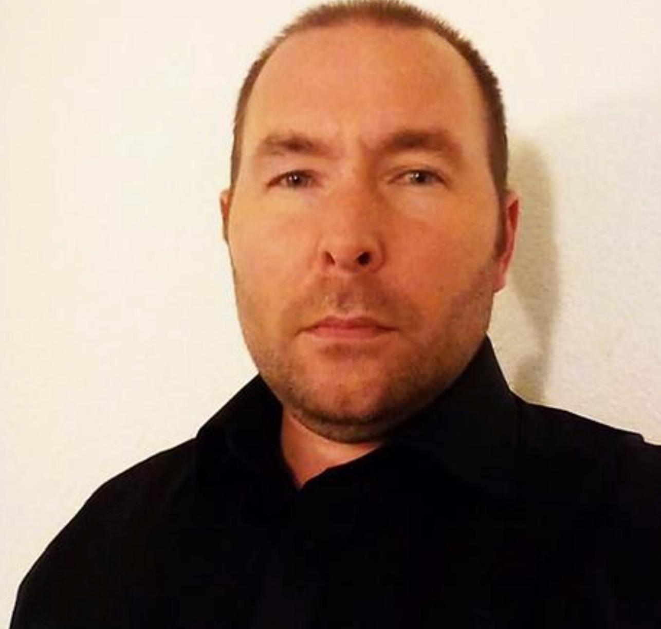 """Tidigare SD-politikern Mats Eriksson hävdar att Jörgen Fogelklou erkänt """"afghan""""-kontot för honom."""